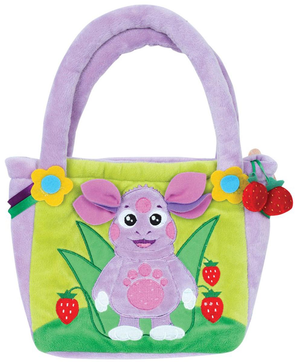 Мульти-Пульти Мягкая игрушка Сумочка Лунтик 20 смV85603/20Мягкая игрушка сама по себе ассоциируется с радостью и весельем, конечно, и для наших детей такой подарок станет поистине незабываемым. Забавные, добрые мягкие игрушки радуют детей с самого рождения. Ведь уже в первые месяцы жизни ребенок проявляет интерес к плюшевым зверятам и необычным персонажам. Сначала они помогают ему познавать окружающий мир через тактильные ощущения, знакомят его с животным миром нашей планеты, формируют цветовосприятие и способствуют концентрации внимания.