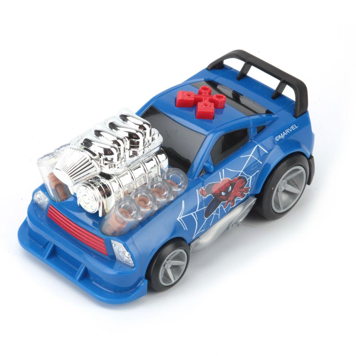 Toystate Машина Человек-паук цвет голубой90651SPЯркая машинка Человек-паук со звуковыми и световыми эффектами, несомненно, понравится вашему ребенку и не позволит ему скучать. Игрушка выполнена в виде большой яркой гоночной машины с силовой установкой на капоте. На корпусе машины расположены 2 кнопки, каждая из которых имеет свое музыкальное сопровождение (мелодия и звук мотора). Световые эффекты в подсветке открытого двигателя. Свободный ход колес. Ваш ребенок часами будет играть с машинкой, придумывая различные истории и устраивая соревнования. Порадуйте его таким замечательным подарком! Рекомендуется докупить 3 батарейки AА (товар комплектуется демонстрационными).