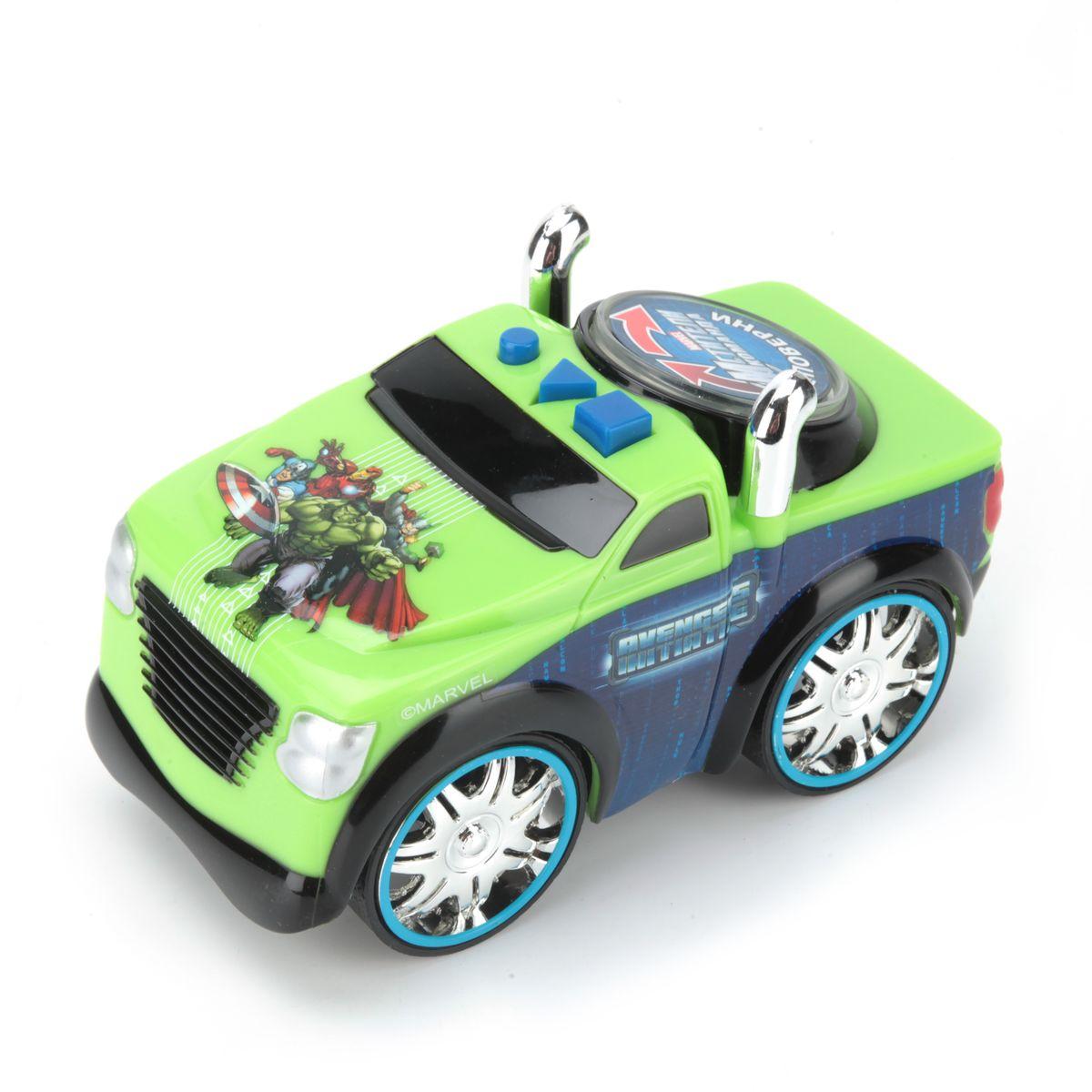 Toystate Машина Мстители33240AVЯркая машинка Мстители со звуковыми и световыми эффектами, несомненно, понравится вашему ребенку и не позволит ему скучать. Игрушка выполнена в виде большой яркой машины. На корпусе машины расположены 3 кнопки, каждая из которых имеет свое музыкальное сопровождение (мелодия, звук мотора, звук клаксона). Большая кнопка в виде круглого диска также имеет музыкальное сопровождение, достаточно покрутить диск в любую из сторон. Свободный ход колес. Ваш ребенок часами будет играть с машинкой, придумывая различные истории и устраивая соревнования. Порадуйте его таким замечательным подарком! Рекомендуется докупить 2 батарейки AА (товар комплектуется демонстрационными).