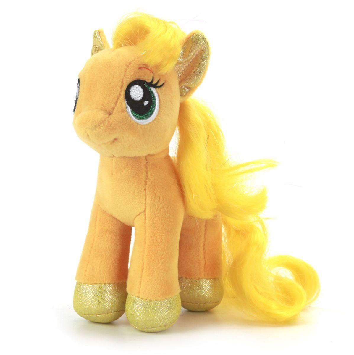 Мульти-Пульти Мягкая игрушка Пони Эпплджек My Little PonyV27480/18Мягкая игрушка сама по себе ассоциируется с радостью и весельем, конечно, и для наших детей такой подарок станет поистине незабываемым. Забавные, добрые мягкие игрушки радуют детей с самого рождения. Ведь уже в первые месяцы жизни ребенок проявляет интерес к плюшевым зверятам и необычным персонажам. Сначала они помогают ему познавать окружающий мир через тактильные ощущения, знакомят его с животным миром нашей планеты, формируют цветовосприятие и способствуют концентрации внимания.