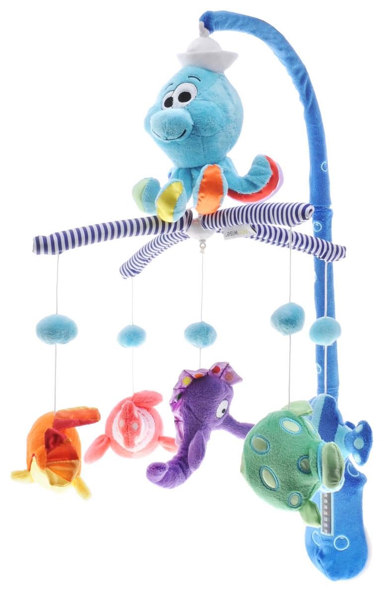 WeeWise Музыкальный мобиль Океан10111Музыкальный мобиль WeeWise Океан развивает внимание, помогает фокусировки взгляда, стимулирует зрительное восприятие, развивает координацию движений, расслабляет и успокаивает. Разноцветные игрушки закреплены на дужках, смотрят прямо на ребенка и создают эффект зрительного контакта. Все элементы имеют приятную на ощупь бархатистую поверхность. При вращении дужек с игрушками воспроизводится спокойная мелодия. Функционирование осуществляется по принципу заводной механической игрушки, ключ встроен. Способствует тренировке слухового и зрительного восприятия. Мобиль имеет встроенный комнатный термометр.