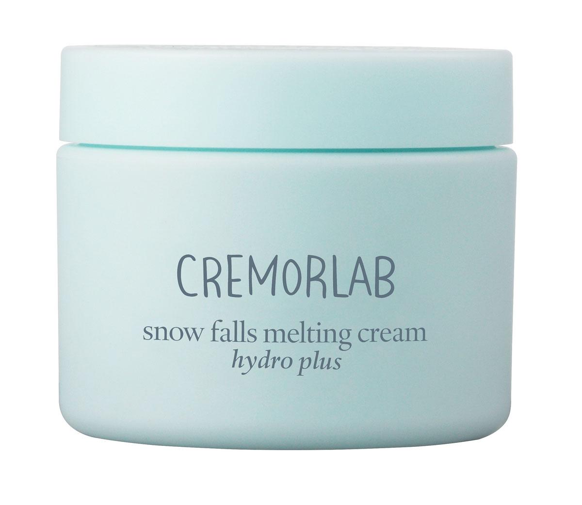 Cremorlab Hydro Plus Крем глубокого увлажнения с экстрактом эдельвейса Snow Falls Melting Cream, 60 мл61256Высокоэффективная увлажняющая формула крема, в котором природная минеральная вода обогащенная экстрактом эдельвейса и гиалуроновой кислотой, интенсивно увлажняет глубокие слои кожи и дарит ощущение бесконечной свежести. Мгновенно стирает следы усталости, быстро впитывается и эффективно снимает раздражение и красноту. Средство обладает способностью запиратьводу в коже (на 72 часа) и препятствовать ее избыточному испарению, что обеспечивает стойкий лифтинг эффект. Морской коллаген активизирует клеточный метаболизм, эффективно замедляет процессы старения, насыщает кожу жизненной энергией. Надежно защищает от неблагоприятных факторов окружающей среды. Не содержит парабенов, спиртов, искусственных красителей, PABA, талька, бензофенона. Подходит для всех типов и состояний кожи.