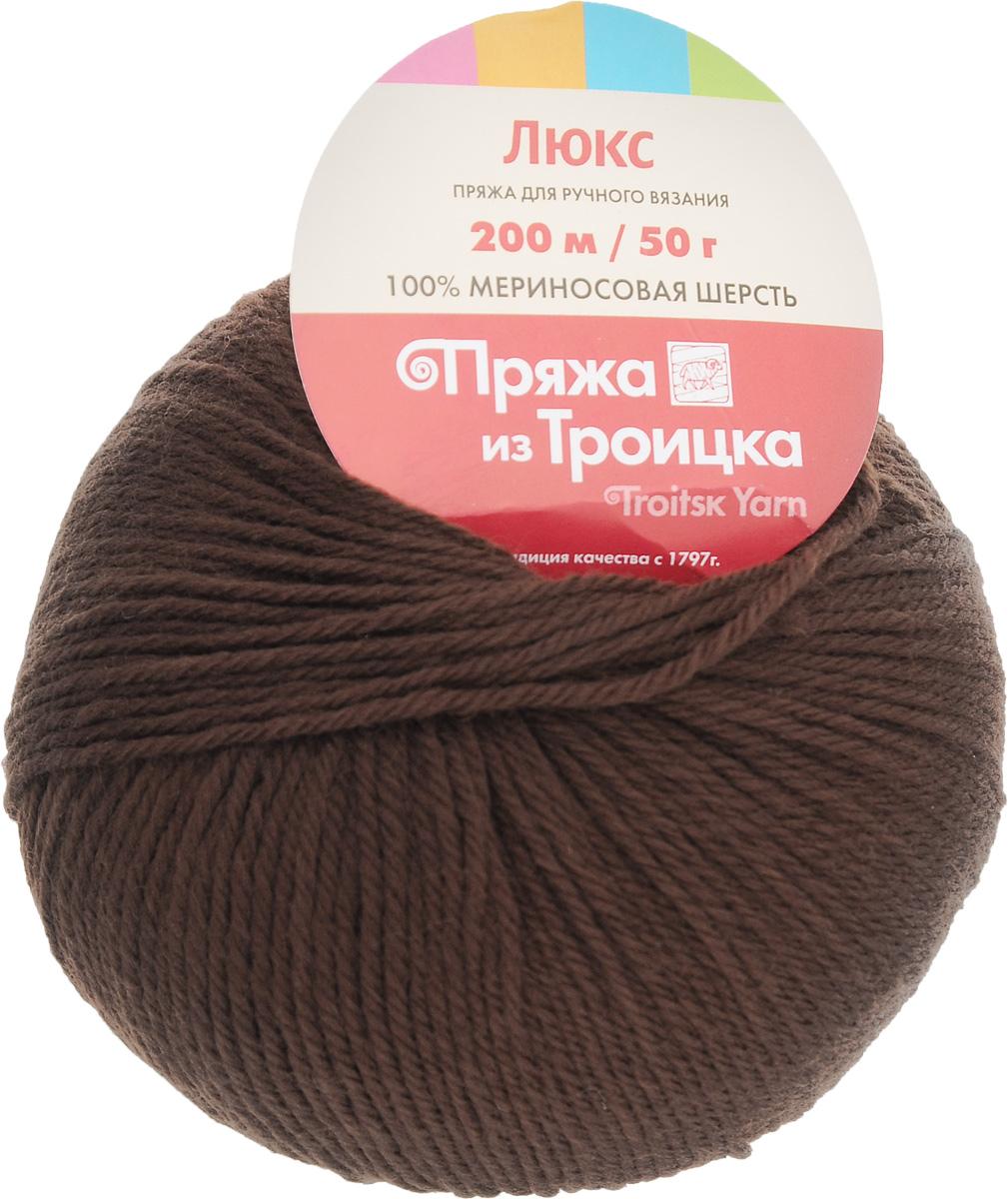 Пряжа для вязания Люкс, цвет: шоколад (0412), 200 м, 50 г, 10 шт366072_0412Пряжа для вязания Люкс изготовлена из плотно скрученных нитей мериносовой шерсти. Изделия из этой пряжи не линяют и сохраняют после стирки не только цвет, но и форму. Пряжа идеально подходит для вязания шарфов, шапок, варежек, пуловеров, шалей. С такой пряжей процесс вязания превратится в настоящее удовольствие, а готовое изделие подарит уют и комфорт. Состав: мериносовая шерсть 100%. Рекомендуемые спицы: 2,25 мм.