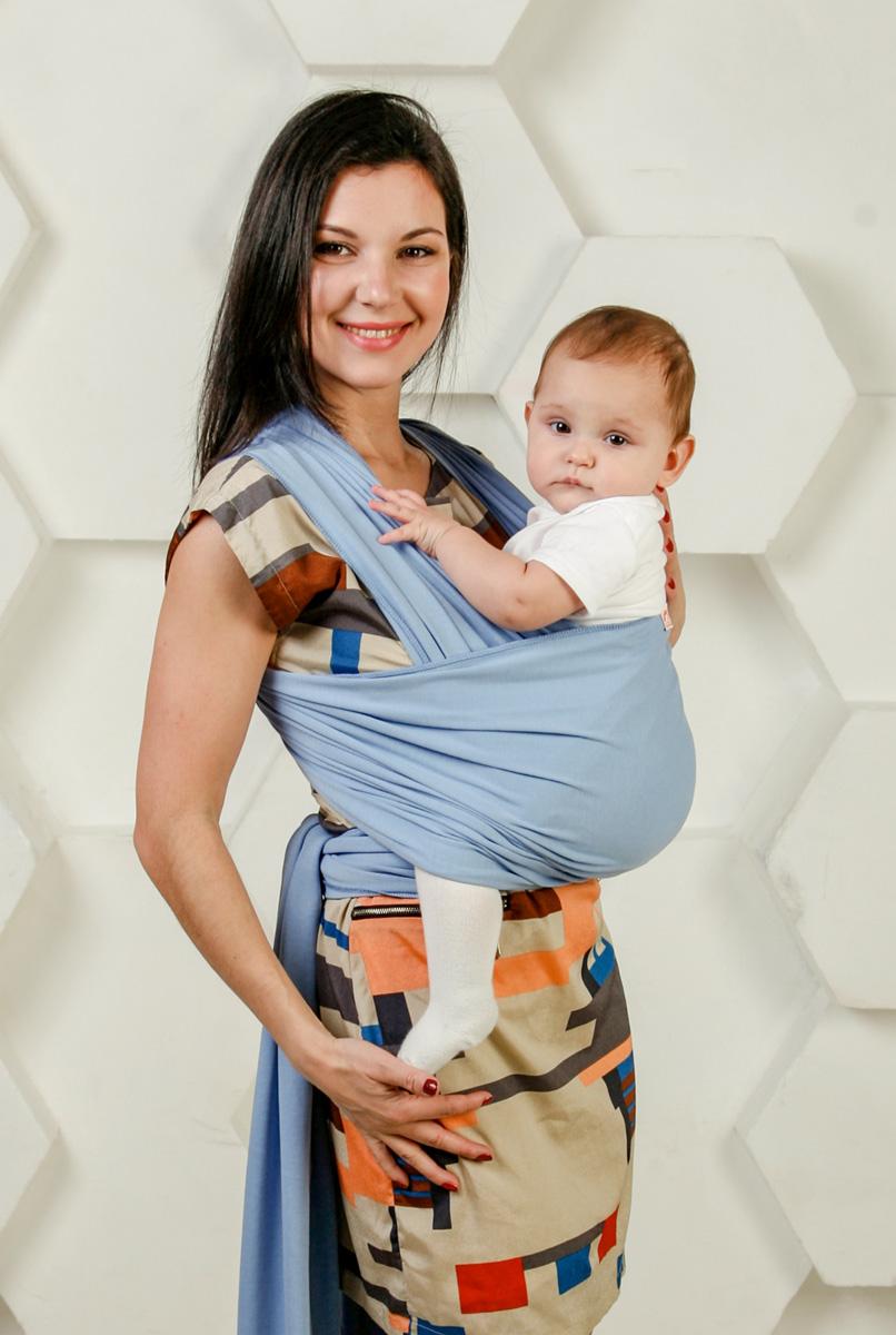 Мамарада Слинг-Шарф для новорожденных Небесный размер 42-52700Идеальный слинг для детей от рождения и до веса ребенка в 8-9 кг. Трикотажный слинг-шарф ТМ МАМАРАДА сшит из 100% хлопка, края обработаны оверлоком, отлично подходит для малышей от рождения и до 4-6мес. Нежный, мягкий, дышащий и хорошо тянущийся. Предпочтителен в качестве первого слинга, так как осваивать азы слингоношения легче всего именно с трикотажным слингом. Он легко тянется во все стороны, что помогает нивелировать некоторые огрехи при первых намотках. Прилагается иллюстрированная инструкция. Единоразмерный. Подойдет для родителей до 50-52 р-ра. Состав: 100% хлопок.
