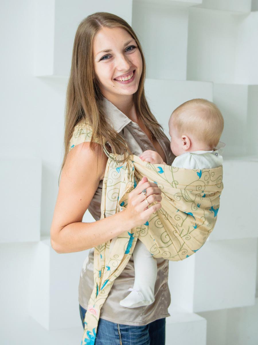 Мамарада Слинг с кольцами Марта размер М608Слинг с кольцами позволяет носить ребенка как горизонтально в положении Колыбелька так и в вертикальном положении. В слинге в положении Колыбелька малыш располагается точно так же, как у мамы на руках, что особенно актуально для новорожденного. Ткань слинга равномерно поддерживает спинку малыша по всей длине. Малышу комфортно и спокойно рядом с мамой. Мама в это время может заняться полезными делами или прогуляться. В положении Колыбелька очень удобно кормить ребенка грудью. В слинге в вертикальном положении ножки ребенка разводятся «лягушкой». Это положение снимает нагрузку с копчика — ребенок поддерживается нижним бортиком слинга под коленками, а верхним прижимается к маминой груди. Положение ребенка в слинге «лягушкой» – прекрасная профилактика дисплазии. Слинг из Пакистанской бязи (хлопок 100%) При изготовлении этого вида ткани используются очень тонкие нити, но плотно переплетенные, за счет чего ткань становится тонкой, но очень прочной, гладкой и мягкой....