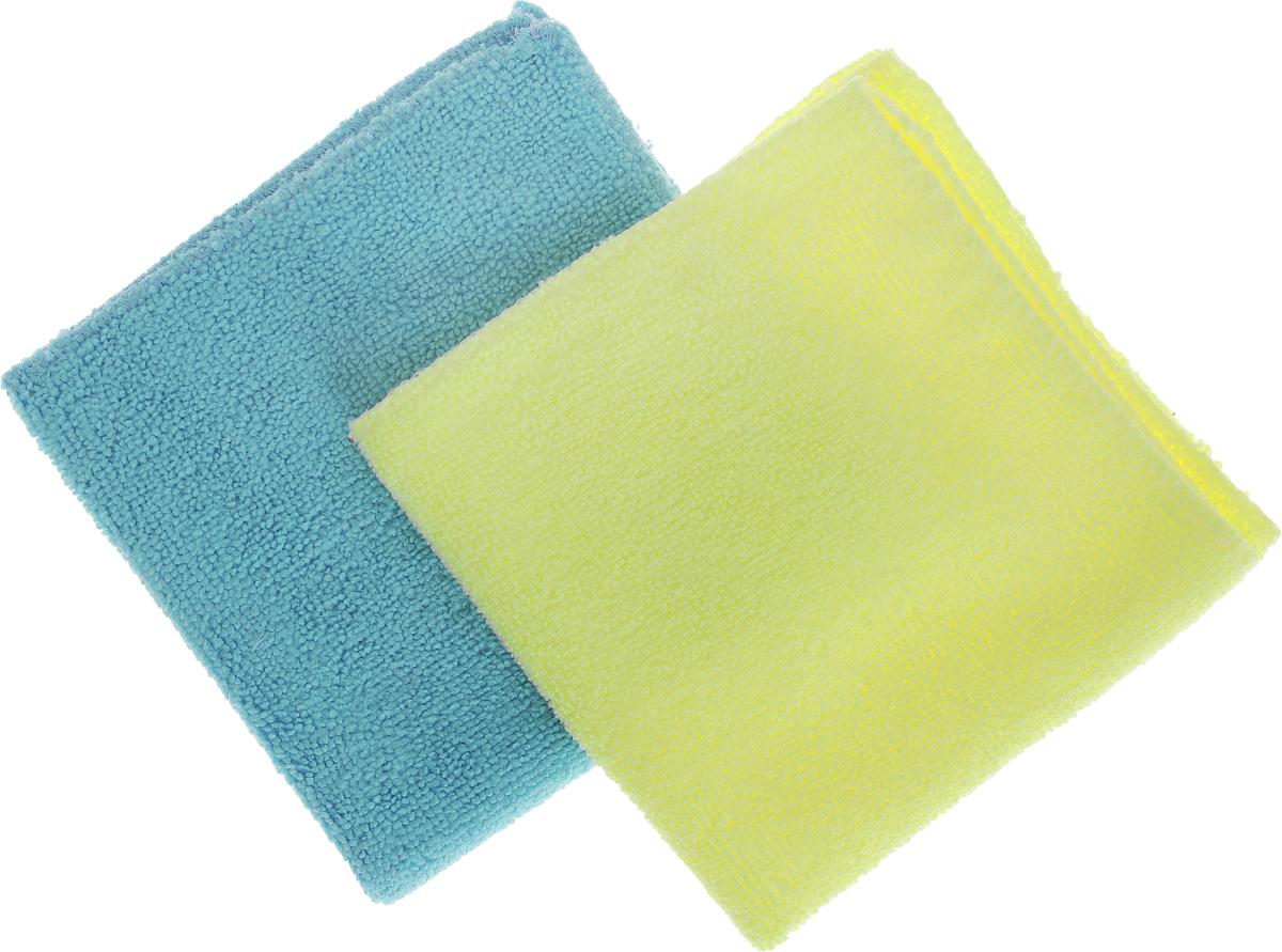 Салфетка для уборки Помощница из микрофибры, цвет: голубой, желтый, 30 х 30 см, 2 штЕ4802_голубой, жёлтыйСалфетки Помощница изготовлены из микрофибры. Это великолепная гипоаллергенная ткань, изготовленная из тончайших полимерных микроволокон. Салфетки из микрофибры могут поглощать количество пыли и влаги, в 7 раз превышающее ее собственный вес. Многочисленные поры между микроволокнами, благодаря капиллярному эффекту, мгновенно впитывают воду, подобно губке. Благодаря мелким порам микроволокна, любые капельки, остающиеся на чистящей поверхности, очень быстро испаряются, и остается чистая дорожка без полос и разводов. В сухом виде при вытирании поверхности волокна микрофибры электризуются и притягивают к себе микробов, мельчайшие частицы пыли и грязи, удерживая их в своих микропорах. Рекомендации по уходу: - Ручная и машинная стирка при температуре не более 40°С, без использования хлора, - Не отбеливать, - Не гладить, - Не рекомендуется сушить на батареях.
