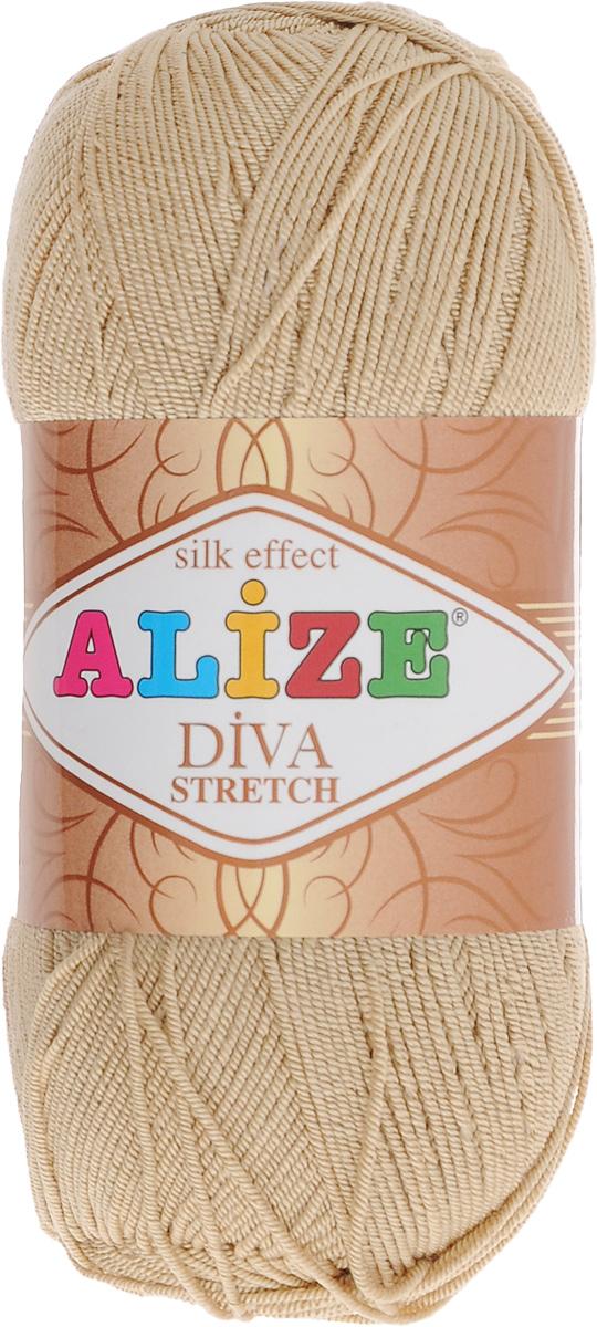 Пряжа для вязания Alize Diva Stretch, цвет: светло-коричневый (368), 400 м, 100 г, 5 шт367021_368Легкая пряжа Alize Diva Stretch изготовлена из микрофибры с добавлением ПБТ эластика. Пряжа не выгорает на солнце и не линяет. Готовые изделия из этой пряжи быстро сохнут, после намокания практически не деформируются. Эластичная пряжа Diva Stretch обладает поистине уникальными характеристиками. Она мягкая, тонкая и в то же время прочная, она легко ложится в приятное на ощупь, упругое, тянущееся, но сохраняющее свою форму полотно и отлично смотрится в узорах. Изделия, связанные из этой пряжи, прекрасно держат форму и не растягиваются. Пряжа стрейч. Готовое изделие из пряжи Alize Diva Stretch после первой стирки слегка садится. Поэтому перед тем, как начать работать с этой нитью, рекомендуется связать образец, постирать и высушить его, выяснить степень усадки и только потом, с учетом этих данных, делать расчет петель. Рекомендуемый размер спиц: № 2-3,5. Рекомендуемый размер крючка: № 1-3. Состав: 92% микрофибра (акрил), 8%...