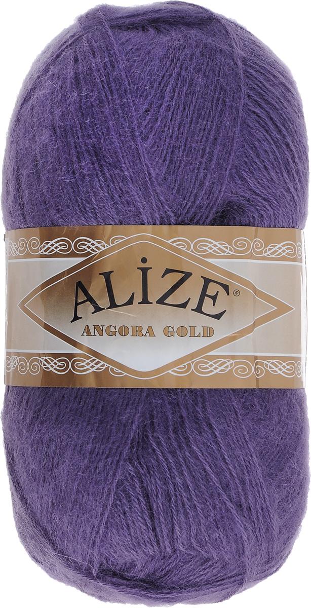 Пряжа для вязания Alize Angora Gold, цвет: темно-фиолетовый (84), 550 м, 100 г, 5 шт364111_84Пряжа для вязания Alize Angora Gold изготовлена из акрила, мохера и шерсти, что способствует прекрасному тепловому обмену, легкости и комфорту. Ниточка тонкая, пушистая. Из данной пряжи получаются вещи, которые не требуют ни украшений, ни дополнений. Пряжа допускает самую простую и примитивную вязку, но при этом смотрится необычно благодаря своей цветовой палитре. В ее состав входит акрил, что позволяет стирать ваши изделия в стиральной машине (на деликатной стирке) и они не потеряют свою первоначальную форму. Классическая зимняя пряжа для вязания теплых пушистых вещей. Пряжа отлично подходит для вязания свитеров, жилетов, шарфов, шапок, шалей и пр. Рекомендуется ручная стирка. Рекомендованные спицы № 3-6, крючок № 2-4. С такой пряжей для ручного вязания вы сможете связать своими руками необычные и красивые вещи. Состав: 80% акрил, 10% шерсть, 10% мохер.