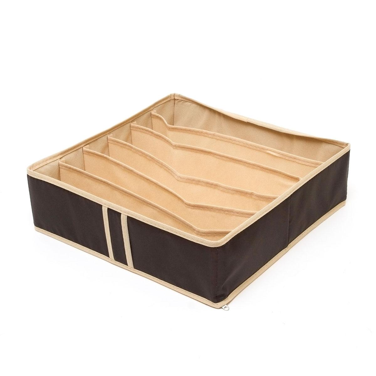 Органайзер для хранения нижнего белья Homsu Costa-Rica, 6 секций, 35 x 35 x 10 смHOM-43Квадратный и плоский органайзер с 6 раздельными ячейками 32см на 5см очень удобен для хранения вещей среднего размера в вашем ящике или на полке. Идеально для бюстгальтеров, нижнего белья и других вещей ежедневного пользования. Имеет жесткие борта, что является гарантией сохраности вещей. Фактический цвет может отличаться от заявленного.