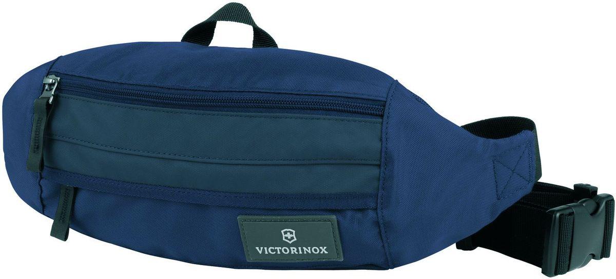 Сумка на пояс Victorinox Altmont 3.0 Orbital, цвет: синий. 3238890932388909Оригинальный швейцарский армейский нож «Swiss Army» был создан в 1897 году в небольшой деревушке Ибах в Швейцарии.С тех пор продукция,выпускаемая под маркой «Victorinox» с ее узнаваемым логотипом в виде креста на щите,по праву считается эталоном отличного качества,высокой функциональности,инновационных технологий и культового дизайна.Наша преданность принципам в течение последних 130 лет позволила нам создавать продукты,которые являются выдающимися не только по дизайну и качеству,но которые также являются надежными спутниками в больших и маленьких жизненных приключениях. Сегодня мы с гордостью представляем линейку сумок,чемоданов и дорожных аксессуаров,которые наилучшим образом воплощают в себе данные принципы,а также сочетают в себе черты нашего лучшего классического стиля. Индивидуальность-это то,что отличает вас от любого другого человека,с которым вы сталкиваетесь на улице,в поезде,с которым вы общаетесь в городе.Каждый день вашей жизни — это уникальный...