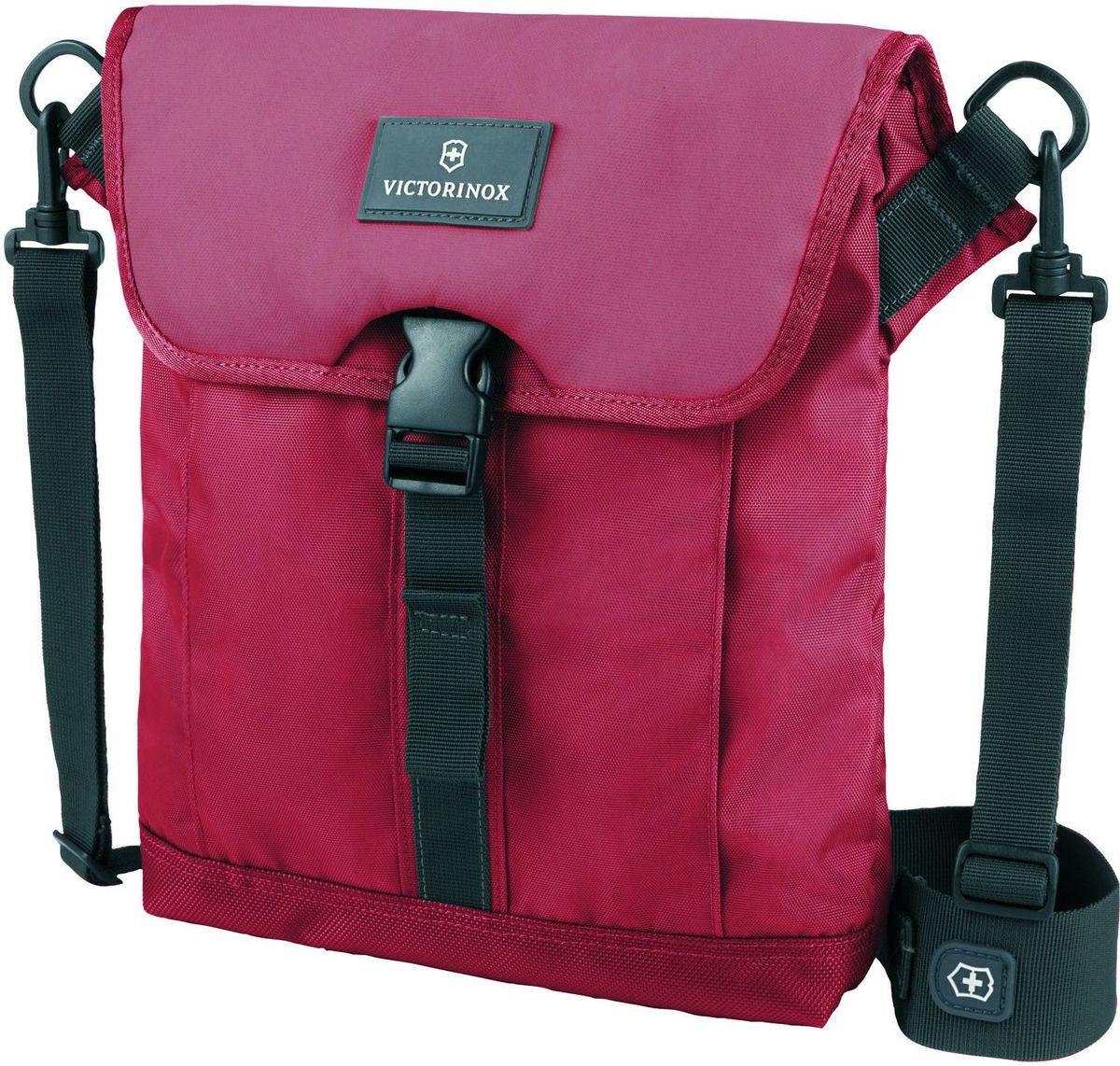 Сумка наплечная Victorinox Altmont 3.0 Flapover Bag, цвет: красный. 3238920332389203ХАРАКТЕРИСТИКИ И СВОЙСТВА Мягкий карман для электронного устройства диагональю 10 (25 см) для хранения iPad, Kindle, планшета или электронной книги Внешняя сторона включает в себя передний карман с застёжкой-клапаном Лицевые, боковые и задние скрытые карманы на молнии обеспечивают дополнительную безопасность и места для хранения Регулируемый съемный плечевой ремень для удобства переноски