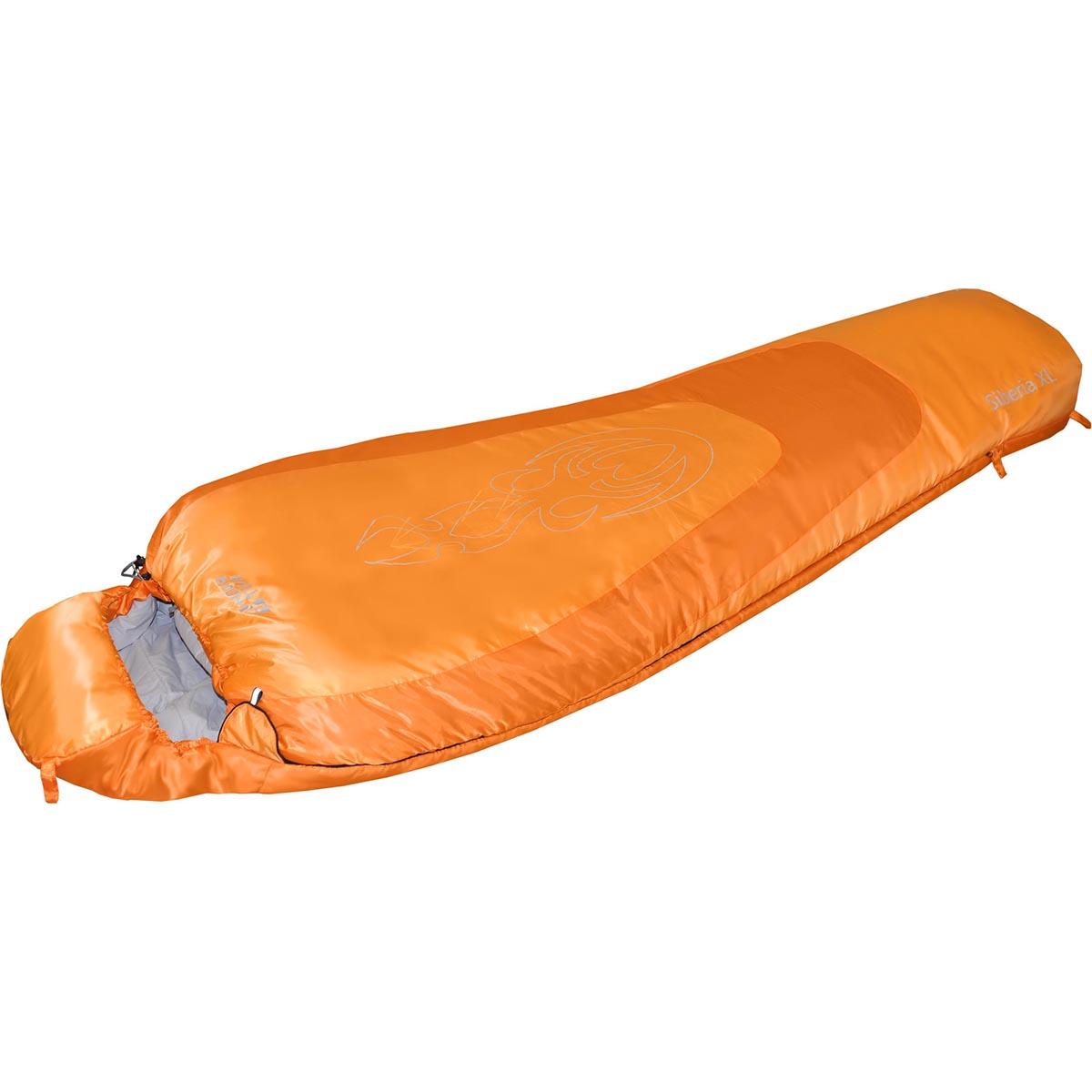 Спальный мешок Nova Tour Сибирь -20 XL V2, цвет: оранжевый, левосторонняя молния95422-233-LeftСпальный мешок для низких температур. Конструкция - кокон, синтетический наполнитель. Оснащён утеплённым утягивающимся капюшоном и шейным воротником. Двухзамковая молния позволяет состегнуть два спальных мешка левого и правого исполнения в один двойной. Компрессионный мешок в комплекте. Сибирь XL - увеличенный размер для широких натур.