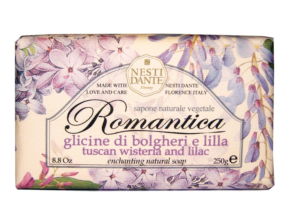 Мыло Nesti Dante Romantica. Тосканская глициния и сирень, 250 г1311106Натуральное мыло премиум-класса Nesti Dante Romantica. Тосканская глициния и сирень - два букета, бережно отобранные самые романтичные и эмоциональные ароматы, самые незабываемые моменты нашей жизни в магии цветов провинции Тоскана. Легкий и прозрачный аромат глицинии сочетается с легким и сладковатым ароматом сирени, нежный цветочный запах напоминает солнечный весенний день. Изысканная флорентийская бумага, в которую завернуто мыло, расписана акварелью, на каждом кусочке мыла выгравирована надпись With Love And Care (С любовю и заботой). Характеристики: Вес: 250 г. Производитель: Италия. Товар сертифицирован. Nesti Dante - одна из немногих итальянских мыловаренных фабрик, которая продолжает использовать в производстве только натуральные ингредиенты и кустарный способ производства. Тщательный выбор каждого ингредиента в отдельности позволяет использовать ценное сырье, такое как цельные нейтральные...
