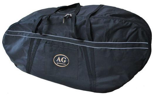 Сумка для лодочного мотора AG-brand Premium 2 т, 15 л.с., цвет: черныйAG-Uni-OM-Premium-2T/15hpПереноска и хранение лодочного мотора. Сумка изготовлена из ткани плотностью 600den с влагоотталкивающей пропиткой. С внутренней стороны сумка выполнена из ткани с пвх покрытием и имеет антиударные вставки толщиной 8мм из вспененного наполнителя. Сумка на прочной двухзамковой молнии и имеет светоотражающий кант. Все сумки имеют ручки для переноски мотора (в руках и на плече) и снабжены карманом для документации и мелких деталей.