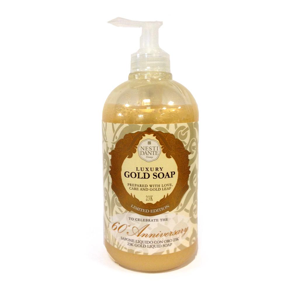 Nesti Dante Жидкое мыло Anniversary Gold Soap-Юбилейное золотое 500 мл5050106Жидкое мыло и гели Nesti Dante производится исключительно из растительных масел и содержит 100% оливковое масло. Содержащееся в продуктах оливковое масло известно как «эликсир молодости» благодаря высокой концентрацией витамина Е, который помогает бороться с образованием свободных радикалов, повинных в старении кожи.