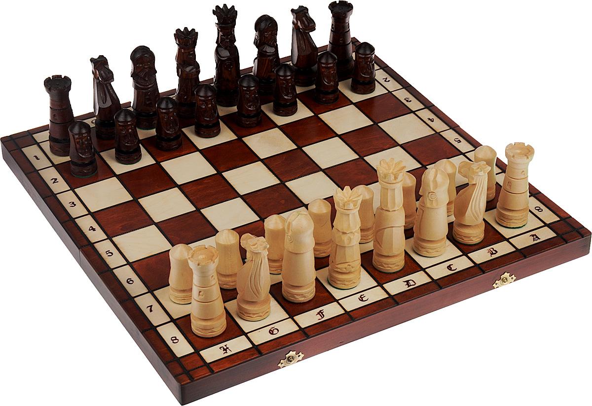 Шахматы Madon Большой Замок, дерево, размер: 50х25х7 см. 106D106DШахматы Madon Большой замок - настольная логическая игра, которая соединяет в себе элементы и искусства, и науки, и спорта. Изделие представляет собой шахматные фигуры и деревянный кейс с игровым полем. Кейс оформлен изящной резьбой и закрывается на два металлических замка. Внешняя поверхность - игровое поле. Внутренняя поверхность оформлена бархатистым текстилем. Размер игрового поля (в разложенном виде): 49,5 х 49,5 см. Высота шахматных фигур: 7 - 10,5 см.
