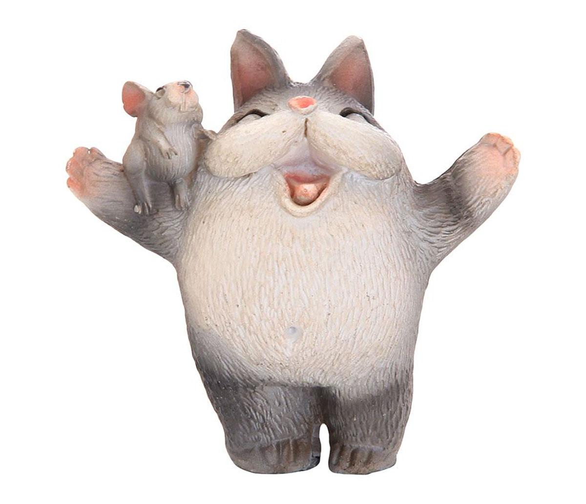 Фигурка декоративная Elan Gallery Эйфория, высота 5,5 см700026Декоративные фигурки с изображением забавных животных, станут прекрасным сувениром, которые вызовет улыбку и поднимет настроение. Фигурки выполнены из полистоуна.