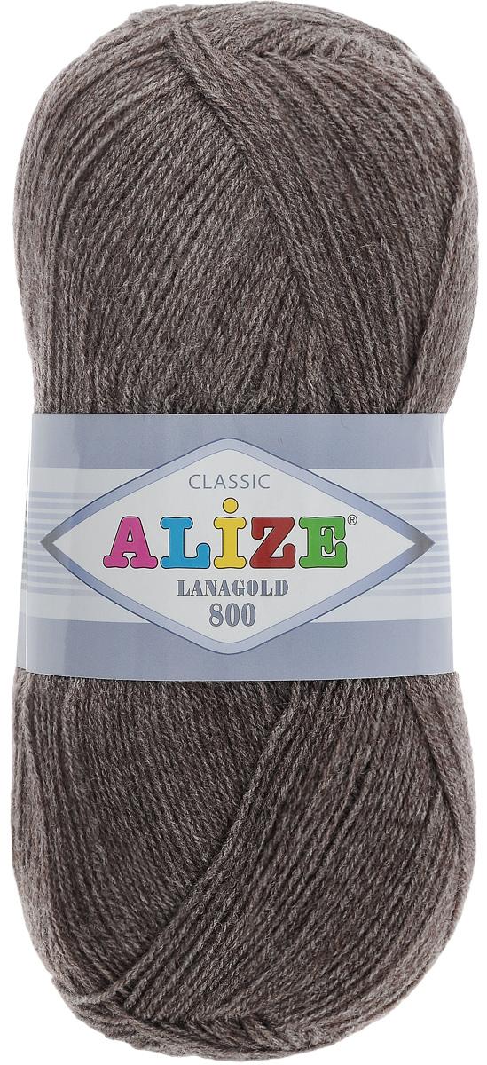 Пряжа для вязания Alize Lanagold 800, цвет: серо-коричневый (240), 800 м, 100 г, 5 шт694529_240Alize Lanagold 800 - это полушерстяная пряжа для ручного вязания. Нить плотно скручена, гибкая, послушная, не пушится, не электризуется, аккуратно ложится в петли и не деформируется после распускания. Стойкое равномерное окрашивание обеспечивает широкую палитру оттенков. Соотношение шерсти и акрила - формула практичности. Высокие тепловые характеристики сочетаются с эстетикой, носкостью и простотой ухода за вещью. Классическая пряжа для зимнего сезона, может использоваться для детской и взрослой одежды. Alize Lanagold 800 - универсальная пряжа, которая будет хорошо смотреться в узорах любой сложности. Рекомендуемый размер спиц 2-4 мм и крючка 1-2 мм. Состав: 49% шерсть, 51% акрил.