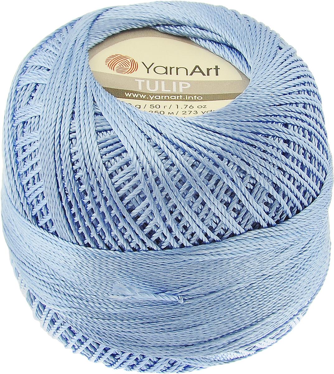 Пряжа для вязания YarnArt Tulip, цвет: синий (464), 250 м, 50 г, 6 шт372017_464Пряжа для вязания YarnArt Tulip (Ирис) изготовлена из 100% микрофибры. Пряжа приятная на ощупь, легкая, тонкая и упругая. Хорошо смотрится практически в любых узорах, не косит, послушно ложится в узоры и спицами, и крючком. Ниточка блестящая и такими же блестящими получаются изделия из нее. Нить удобна и практична тем, что хорошо смотрится как в объемных рельефных узорах, так и в самой простой чулочной вязке. Пряжа Tulip - классический вариант демисезонной пряжи, идеальна для создания летней одежды, купальников, аксессуаров, бижутерии, салфеток, ирландского кружева, жгутов и т.д. Нежная текстура ниток подходит для создания одежды детям. Изделия получаются легкими, не деформируются и не вытягиваются ни при вязании, ни при последующей носке. Микрофибра гипоаллергенна, поэтому вязаные вещи подходят даже для чувствительной кожи. Богатая цветовая гамма однотонных и меланжевых расцветок порадует рукодельниц и удовлетворит даже самых взыскательных модниц. Нить очень...