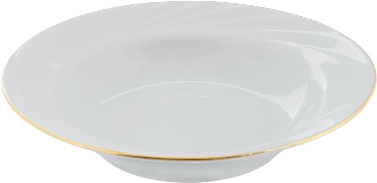 Тарелка глубокая Голубка, диаметр 20 см508014Глубокая тарелка Голубка выполнена из высококачественного фарфора. Она прекрасно впишется в интерьер вашей кухни и станет достойным дополнением к кухонному инвентарю. Тарелка Голубка подчеркнет прекрасный вкус хозяйки и станет отличным подарком.