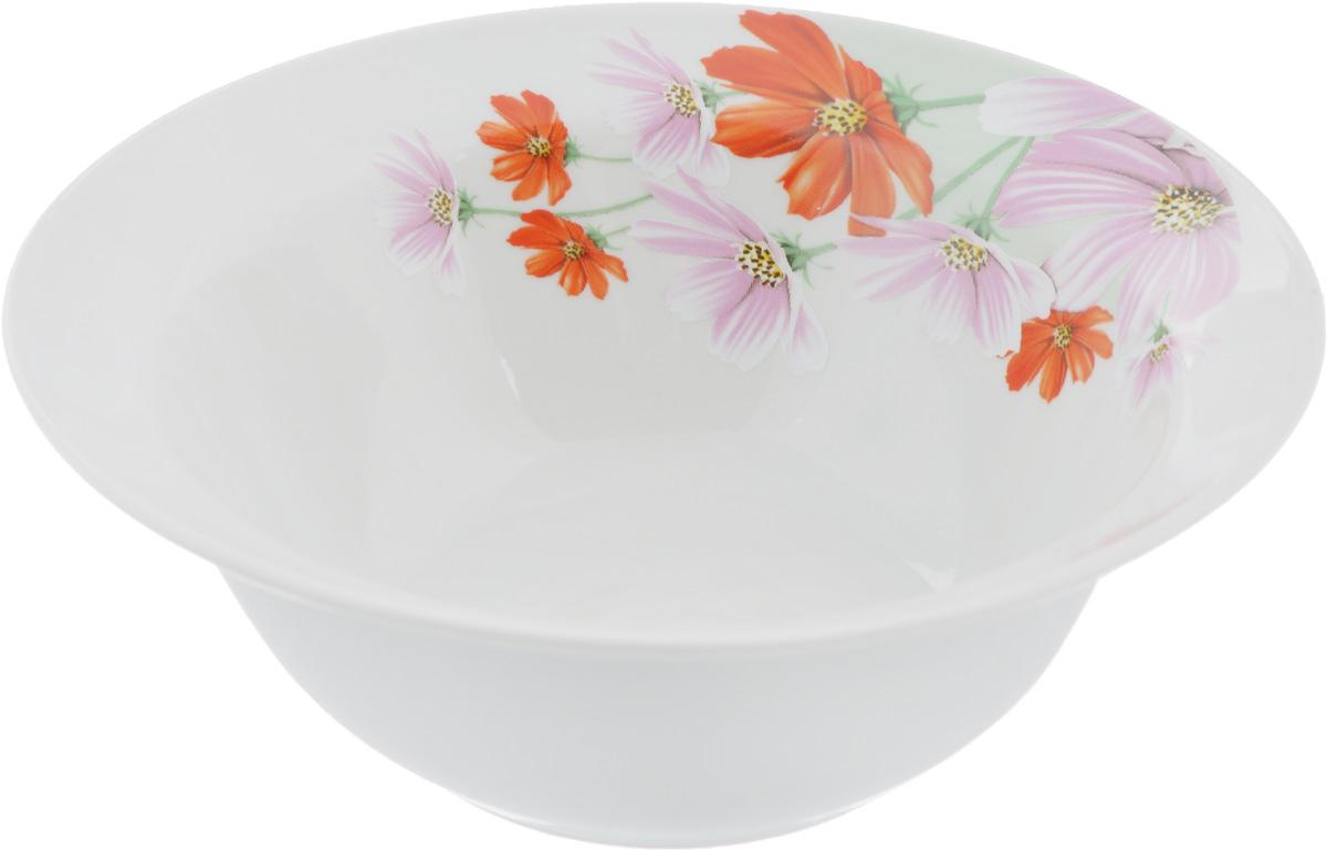 Миска Космея, 600 мл4С0790Оригинальная миска Космея, изготовленная из высококачественного фарфора, декорирована красочным изображением цветов. Такая миска украсит сервировку вашего стола и подчеркнет прекрасный вкус хозяина, а также станет отличным подарком.