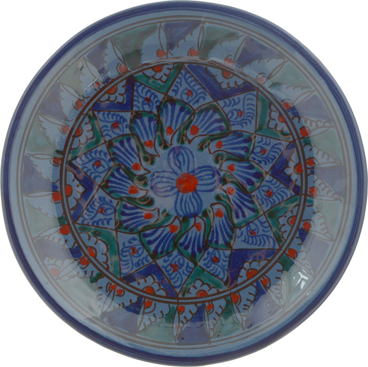 Блюдце Sima-land Риштан, диаметр 15,5 см1233220Блюдце Sima-land Риштан выполнено из высококачественной керамики. Изделие оформлено узором. Изящное блюдце не только красиво оформит стол к чаепитию, но и станет прекрасным подарком друзьям и близким.