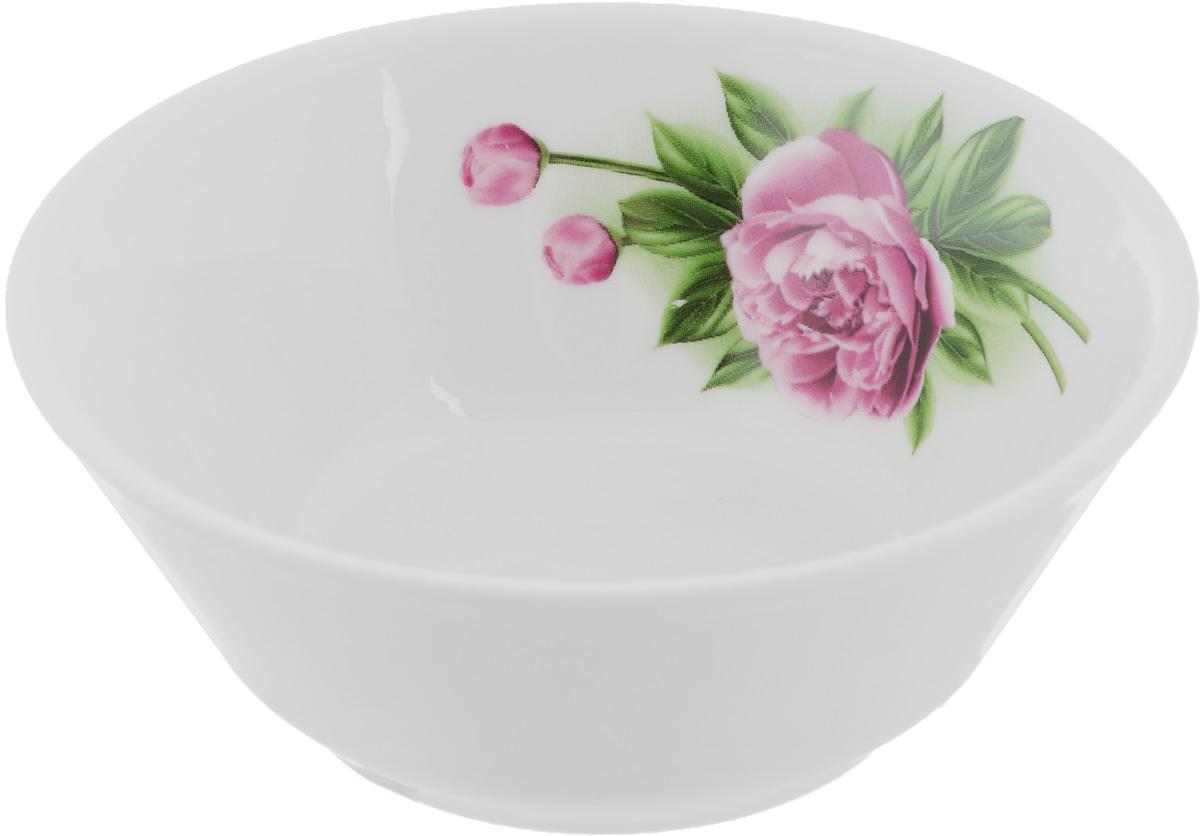 Салатник Пион, 200 мл1003861Элегантный салатник Пион, изготовленный из высококачественного фарфора, прекрасно подойдет для подачи различных блюд: закусок, салатов или фруктов. Такой салатник украсит ваш праздничный или обеденный стол, а оригинальное исполнение понравится любой хозяйке.