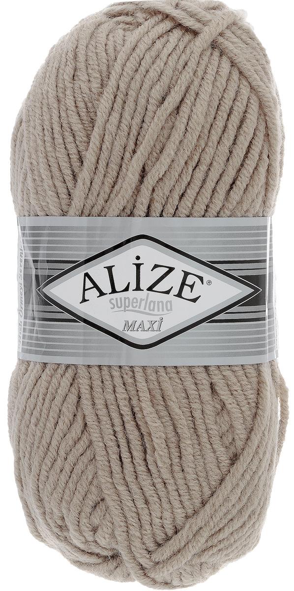 Пряжа для вязания Alize Superlana Maxi, цвет: норка (541), 100 м, 100 г, 5 шт541-269450Пряжа Alize Superlana Maxi обладает плотной скруткой (немного напоминает шнурок), при этом нить мягкая, чуть упругая. Благодаря составу и скрутке петли отлично ложатся одна к другой, вязаное полотно получается ровное и однородное. Пряжа с умеренным, недлинным ворсом, отлично ложится в узор и держит его. Мягкая, очень комфортная как для работы, так и для носки. В качестве моделей для вязки можно рекомендовать плотные вещи: пальто, осенние длинные кардиганы, пончо, болеро, мужские свитера. Рассчитана на любой уровень мастерства, но особенно понравится начинающим мастерицам - благодаря толстой нити пряжа Alize Superlana Maxi позволяет быстро связать простую вещь. Структура и состав пряжи максимально комфортны для вязания. Рекомендуемый размер спиц: № 8-10 мм. Состав: 75% акрил, 25% шерсть.