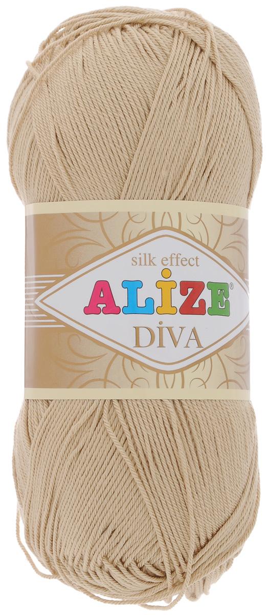 Пряжа для вязания Alize Diva, цвет: бежевый (368), 350 м, 100 г, 5 шт364126_368Легкая пряжа Alize Diva с шелковым эффектом для весенних или летних вещей. Приятная на ощупь, обладающая высокой гигроскопичностью, пряжа Alize Diva из акрила подойдет для самых разных вязаных изделий: сарафанов, туник, платьев, легких костюмов, кофт, шалей и накидок. Ее с одинаковым успехом можно использовать и для спиц, и для вязания крючком. В палитре большой выбор ярких цветов и пастельных мягких оттенков. Не стоит с предубеждением относиться к искусственной пряже, ведь она обладает целым рядом преимуществ. За изделиями из пряжи Alize Diva проще ухаживать, они не подвержены скатыванию, не вызывают аллергии, не собирают пыль, не линяют и не оставляют ворсинок на другой одежде. Рекомендованные спицы № 2,5- 3,5, крючок № 1-3. Состав: 100% акрил.