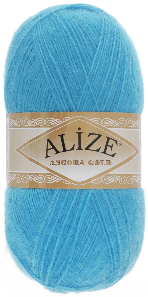 Пряжа для вязания Alize Angora Gold, цвет: бирюзовый (245), 550 м, 100 г, 5 шт364111_245Пряжа для вязания Alize Angora Gold изготовлена из акрила, мохера и шерсти, что способствует прекрасному тепловому обмену, легкости и комфорту. Ниточка тонкая, пушистая. Из такой пряжи получаются вещи, которые не требуют ни украшений, ни дополнений. Пряжа допускает самую простую и примитивную вязку, но при этом смотрится необычно благодаря своей цветовой палитре. В ее состав входит акрил, что позволяет стирать ваши изделия в стиральной машине (на деликатной стирке) и они не потеряют свою первоначальную форму. Пряжа Alize Angora Gold отлично подходит для вязания свитеров, жилетов, шарфов, шапок, шалей и многого другого. Рекомендуется ручная стирка. Рекомендованные спицы № 3-6, крючок № 2-4. Комплектация: 5 мотков. Состав: 80% акрил, 10% шерсть, 10% мохер.