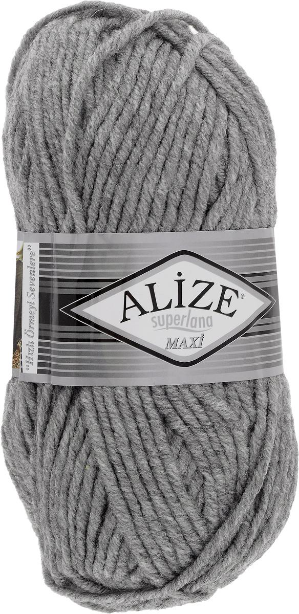 Пряжа для вязания Alize Superlana Maxi, цвет: серый меланж (21), 100 м, 100 г, 5 шт364131_21Пряжа Alize Superlana Maxi обладает плотной скруткой (немного напоминает шнурок), при этом нить мягкая, чуть упругая. Благодаря составу и скрутке петли отлично ложатся одна к другой, вязаное полотно получается ровное и однородное. Пряжа с умеренным, недлинным ворсом, отлично ложится в узор и держит его. Мягкая, очень комфортная как для работы, так и для носки. В качестве моделей для вязки можно рекомендовать плотные вещи: пальто, осенние длинные кардиганы, пончо, болеро, мужские свитера. Рассчитана на любой уровень мастерства, но особенно понравится начинающим мастерицам - благодаря толстой нити пряжа Alize Superlana Maxi позволяет быстро связать простую вещь. Структура и состав пряжи максимально комфортны для вязания. Рекомендуемый размер спиц: № 8-10 мм. Состав: 75% акрил, 25% шерсть.