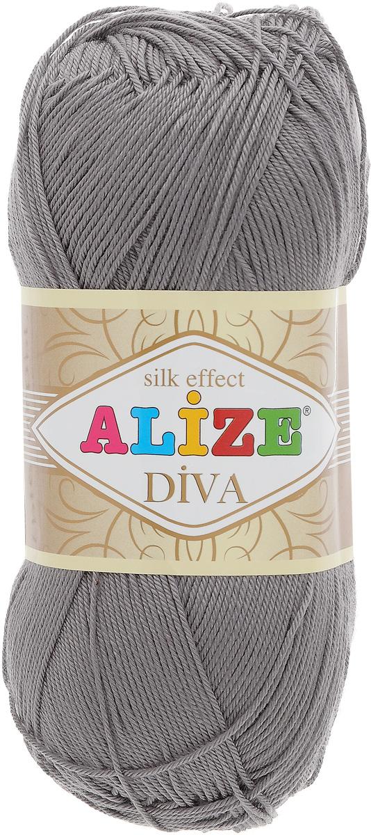 Пряжа для вязания Alize Diva, цвет: серый (348), 350 м, 100 г, 5 шт364126_348Легкая пряжа Alize Diva с шелковым эффектом для весенних или летних вещей. Приятная на ощупь, обладающая высокой гигроскопичностью, пряжа Alize Diva из акрила подойдет для самых разных вязаных изделий: сарафанов, туник, платьев, легких костюмов, кофт, шалей и накидок. Ее с одинаковым успехом можно использовать и для спиц, и для вязания крючком. В палитре большой выбор ярких цветов и пастельных мягких оттенков. Не стоит с предубеждением относиться к искусственной пряже, ведь она обладает целым рядом преимуществ. За изделиями из пряжи Alize Diva проще ухаживать, они не подвержены скатыванию, не вызывают аллергии, не собирают пыль, не линяют и не оставляют ворсинок на другой одежде. Рекомендованные спицы № 2,5- 3,5, крючок № 1-3. Состав: 100% акрил.