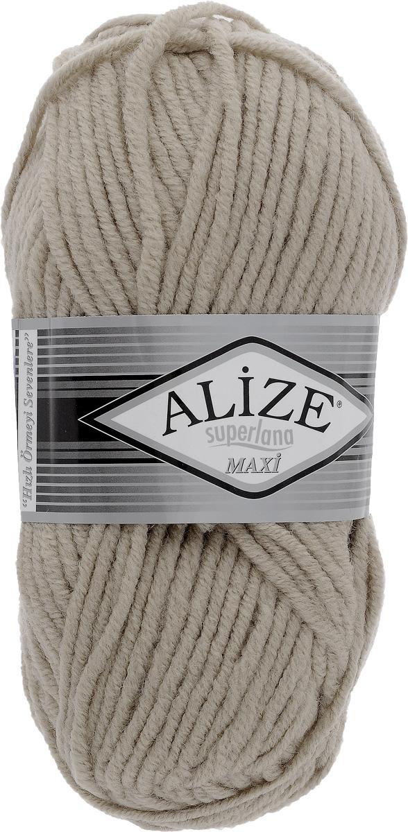Пряжа для вязания Alize Superlana Maxi, цвет: серо-бежевый (543), 100 м, 100 г, 5 шт364131_543Пряжа Alize Superlana Maxi обладает плотной скруткой (немного напоминает шнурок), при этом нить мягкая, чуть упругая. Благодаря составу и скрутке петли отлично ложатся одна к другой, вязаное полотно получается ровное и однородное. Пряжа с умеренным, недлинным ворсом, отлично ложится в узор и держит его. Мягкая, очень комфортная как для работы, так и для носки. В качестве моделей для вязки можно рекомендовать плотные вещи: пальто, осенние длинные кардиганы, пончо, болеро, мужские свитера. Рассчитана на любой уровень мастерства, но особенно понравится начинающим мастерицам - благодаря толстой нити пряжа Alize Superlana Maxi позволяет быстро связать простую вещь. Структура и состав пряжи максимально комфортны для вязания. Рекомендуемый размер спиц: № 8-10 мм. Состав: 75% акрил, 25% шерсть.