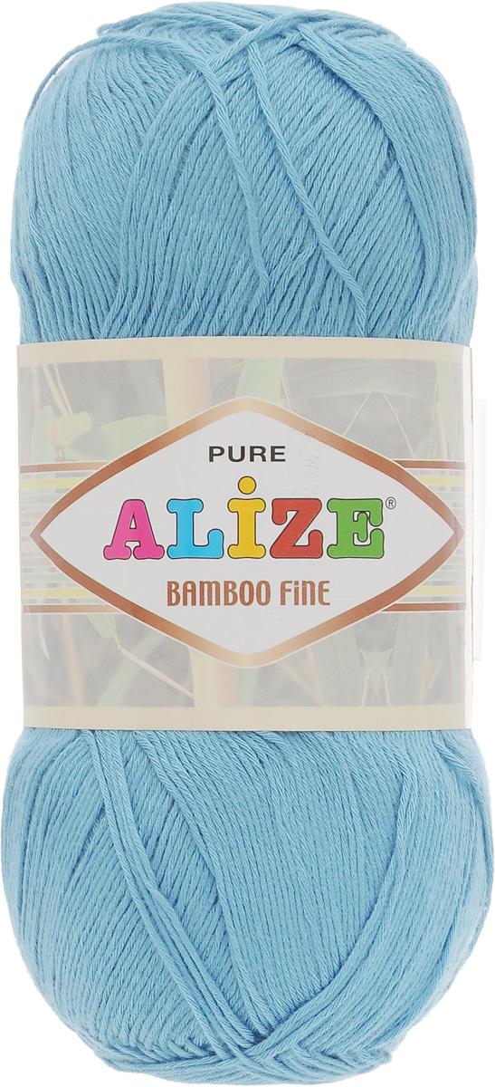 Пряжа для вязания Alize Bamboo Fine, цвет: светло-голубой (481), 440 м, 100 г, 5 шт688988_481Легкая пряжа Alize Bamboo Fine подходит для ручного вязания детских и взрослых вещей. Приятная на ощупь, обладающая высокой гигроскопичностью. Пряжа Alize Bamboo Fine из бамбука подойдет для самых разных вязаных изделий: сарафанов, туник, платьев, легких костюмов, кофт, шалей и накидок. Ее с одинаковым успехом можно использовать и для спиц, и для вязания крючком. В палитре большой выбор ярких цветов и пастельных мягких оттенков. Не стоит с предубеждением относиться к искусственной пряже, ведь она обладает целым рядом преимуществ. За изделиями из пряжи Alize Bamboo Fine проще ухаживать, они не подвержены скатыванию, не вызывают аллергии, не собирают пыль, не линяют и не оставляют ворсинок на другой одежде. Рекомендованный размер спиц: № 2,5-3,5 мм, Рекомендованный размер крючка: № 1-3 мм. Состав: 100% бамбук.
