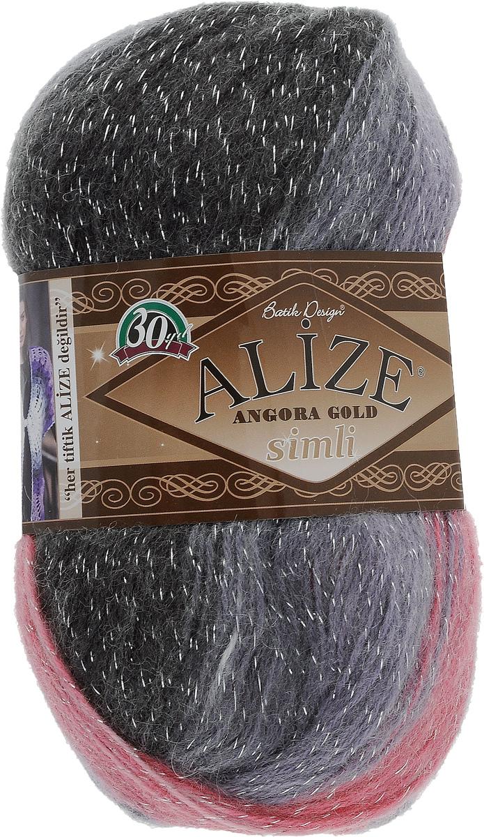 Пряжа для вязания Alize Angora Gold Simli Batik, цвет: белый, розовый, черный (1602), 500 м, 100 г, 5 шт364107_1602Пряжа для вязания Alize Angora Gold Simli Batik изготовлена из акрила, мохера и шерсти с добавлением металлика. Пряжа понравится мастерицам за необычную текстуру нити, а владелицы готовых вещей оценят роскошную палитру нежнейших меланжевых переходов и изумительных оттенков пастельных тонов. Пряжа из такого материала обладает повышенной прочностью и эластичностью, а изделия получаются теплые и уютные. Ниточка тонкая, деликатная, красиво выглядит и в плотном полотне, и в ажуре. В скрутку нити добавлена металлизированная нить, которая придает особый шарм готовому изделию. Классическая пряжа для зимнего сезона может использоваться для детской и взрослой одежды. Пряжа Alize Angora Gold Simli Batik отлично подходит для вязания свитеров, жилетов, шарфов, шапок, шалей и других изделий. Рекомендуется ручная стирка. Рекомендованные спицы № 3-6, крючок № 2-4. С такой пряжей для ручного вязания вы сможете связать своими руками необычные...