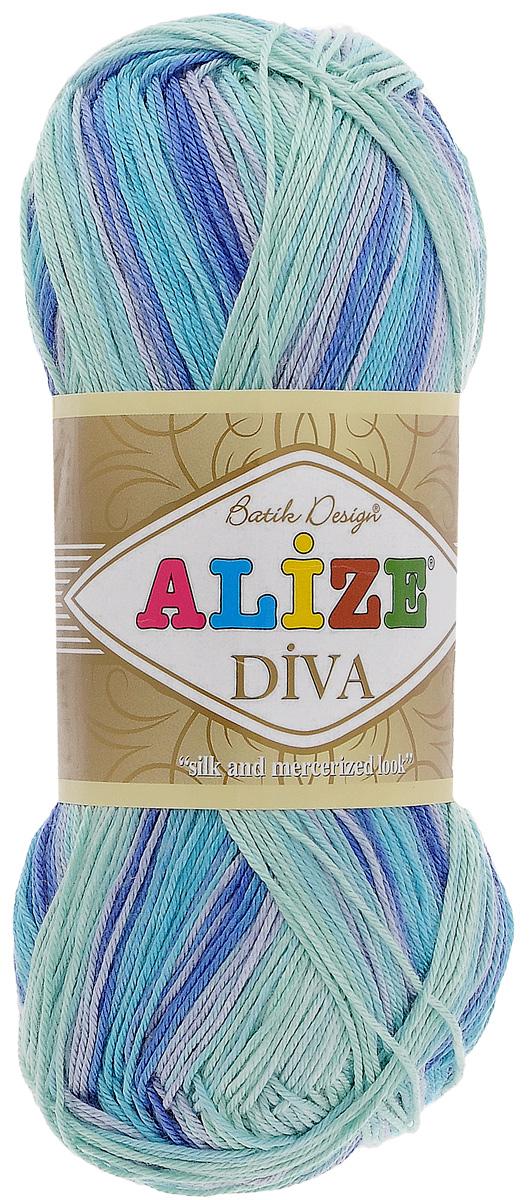 Пряжа для вязания Alize Diva Batik, цвет: мятный, синий, светло-сиреневый (1767), 350 м, 100 г, 5 шт364119_1767Пряжа для вязания Alize Diva Batik - это тщательно обработанная акриловая пряжа, которая приобретает вид мерсеризованной нити с эффектом шелка. Пряжа обладает отличными свойствами: мягкая, воздухопроницаемая, прочная. Пряжа из микрофибры считается материалом нового поколения. Легкая шелковистая пряжа удлиненной секции окрашивания для весенних или летних вещей. Приятная на ощупь, гигроскопичная она подойдет для сарафанов, туник, платьев, легких костюмов, кофт, шалей и накидок. Пряжа не скатывается, не вызывает аллергию, не линяет и не оставляет ворсинок на другой одежде. Рекомендации по уходу: деликатная ручная стирка при температуре 30°С, не отжимать в стиральной машине, не отбеливать хлорсодержащими веществами. Глажение на минимальной температуре. Сушите на горизонтальной поверхности: предварительно придав изделию естественную форму. Рекомендованный размер спиц: № 2,5-3,5 мм. Рекомендованный размер крючка: № 1-3 мм.