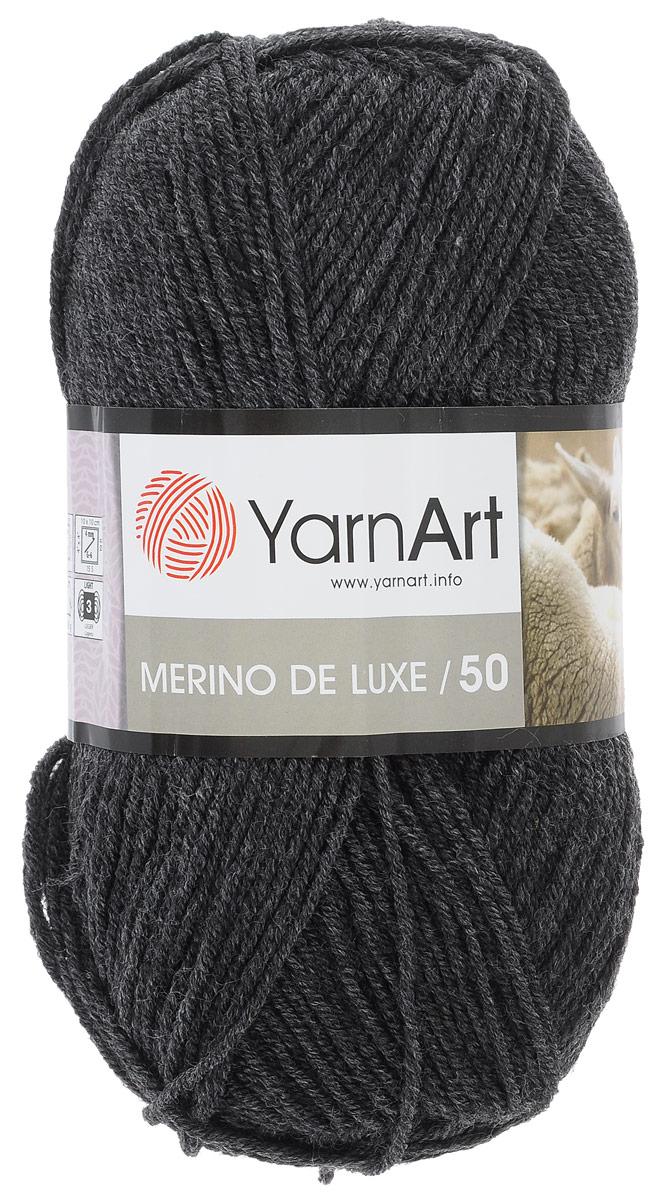 Пряжа для вязания YarnArt Merino de Lux, цвет: моренго (359), 280 м, 100 г, 5 шт372049_359Классическая пряжа для вязания YarnArt Merino de Lux изготовлена из шерсти и акрила. Пряжа очень мягкая и приятная на ощупь. Теплая, уютная, эта пряжа идеально подходит для вязки демисезонных вещей. Шапочки, шарфы, снуды, свитера, жилеты вяжутся из этой пряжи быстро и легко. Изделия приятны в носке и долго не теряют форму после ручной стирки. Рекомендуются спицы 3,5 мм, крючок 4 мм. Состав: 49% шерсть, 51% акрил.