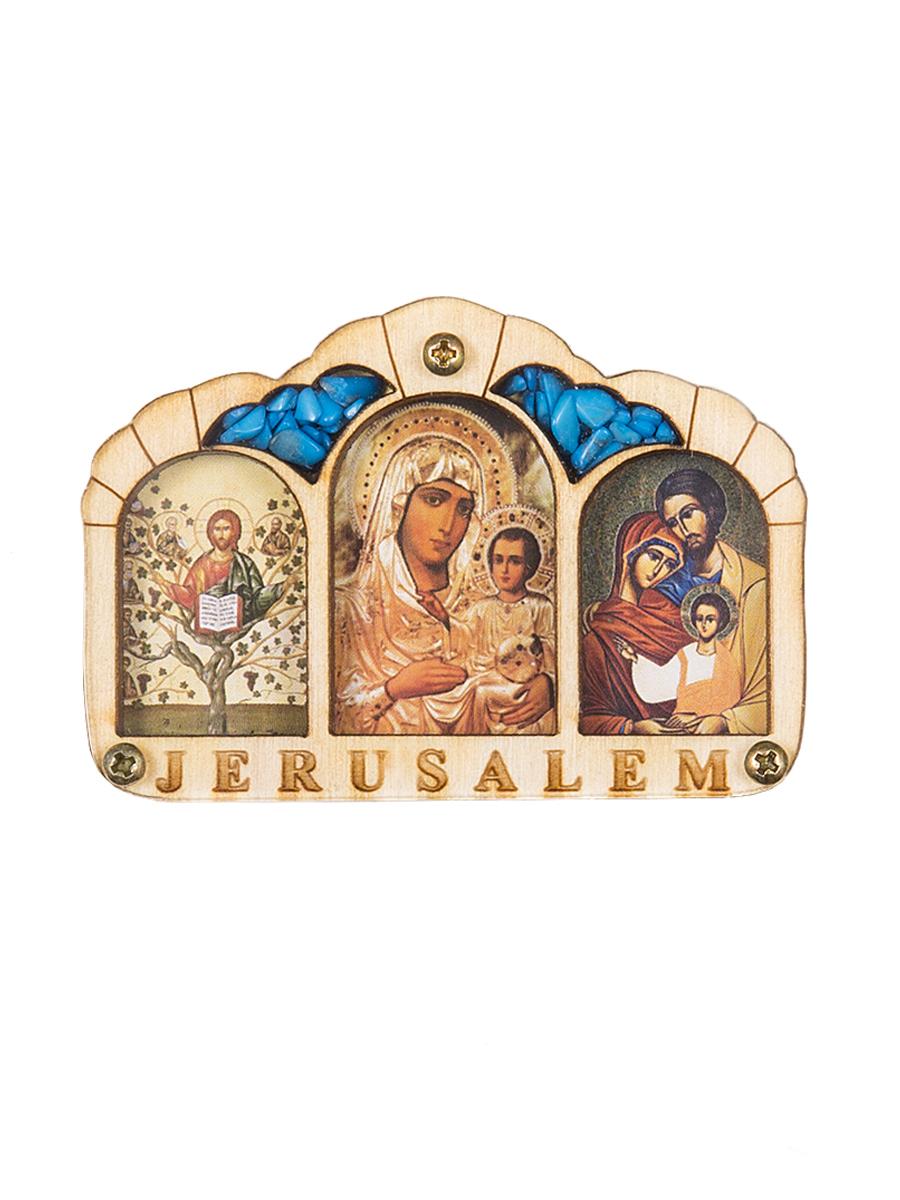 Икона Holy Land Collections Триптих Благословение Водителя Иерусалим, 67 x 46 см. HL-777A52HL-777A52В наше время тысячи людей проводят полжизни за рулем - в деловых разъездах и семейных путешествиях - и уже считают автомобиль своим вторым домом, который тоже хочется защитить от аварий и других напастей. Иконы для автомобиля выполняют охранную, защитную функцию. Будучи освященными, они оберегают водителя и пассажиров в машине от нежелательных ситуаций. Вы можете выбрать такой подарок для своих друзей и близких, таких же заядлых автомобилистов, как и вы или просто держать ее рядом с собой в машине - возможно, защита Святых придаст вам уверенности в пути, а поездку сделает более приятной. Счасливого пути! Размеры 10 х 7 см