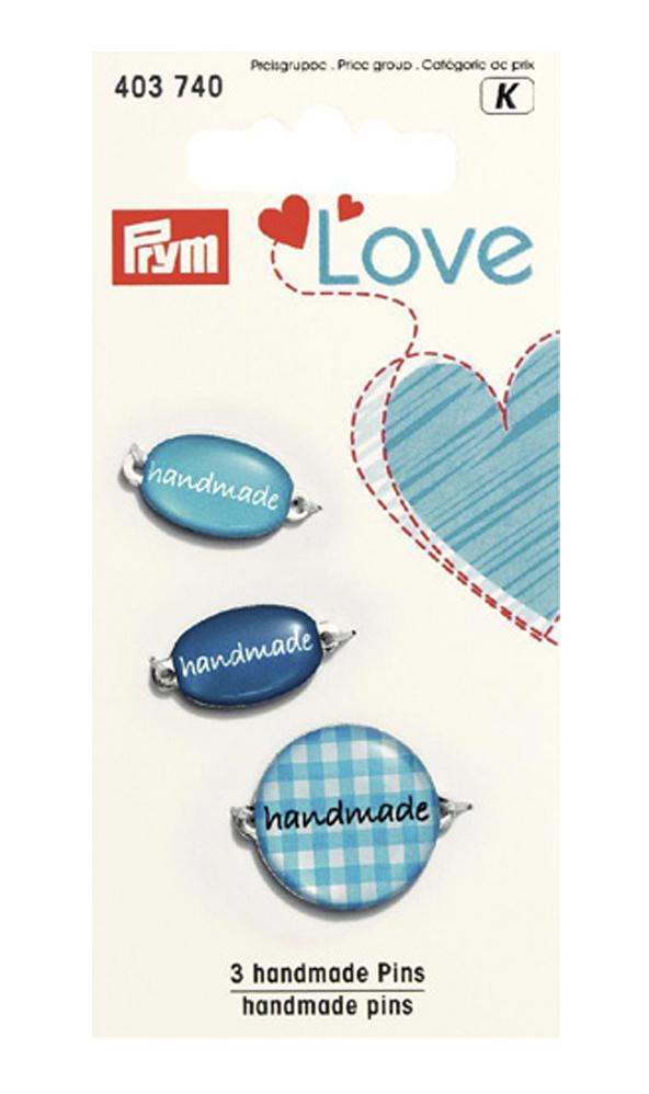 Набор эмблем Prym Handmade. Love, цвет: синий, 3 шт7715139Эмблемы предназначены для пришивания, а также использования в качестве дизайнерских ярлычков на одежде, сумках, рюкзаках, шапках и так далее.