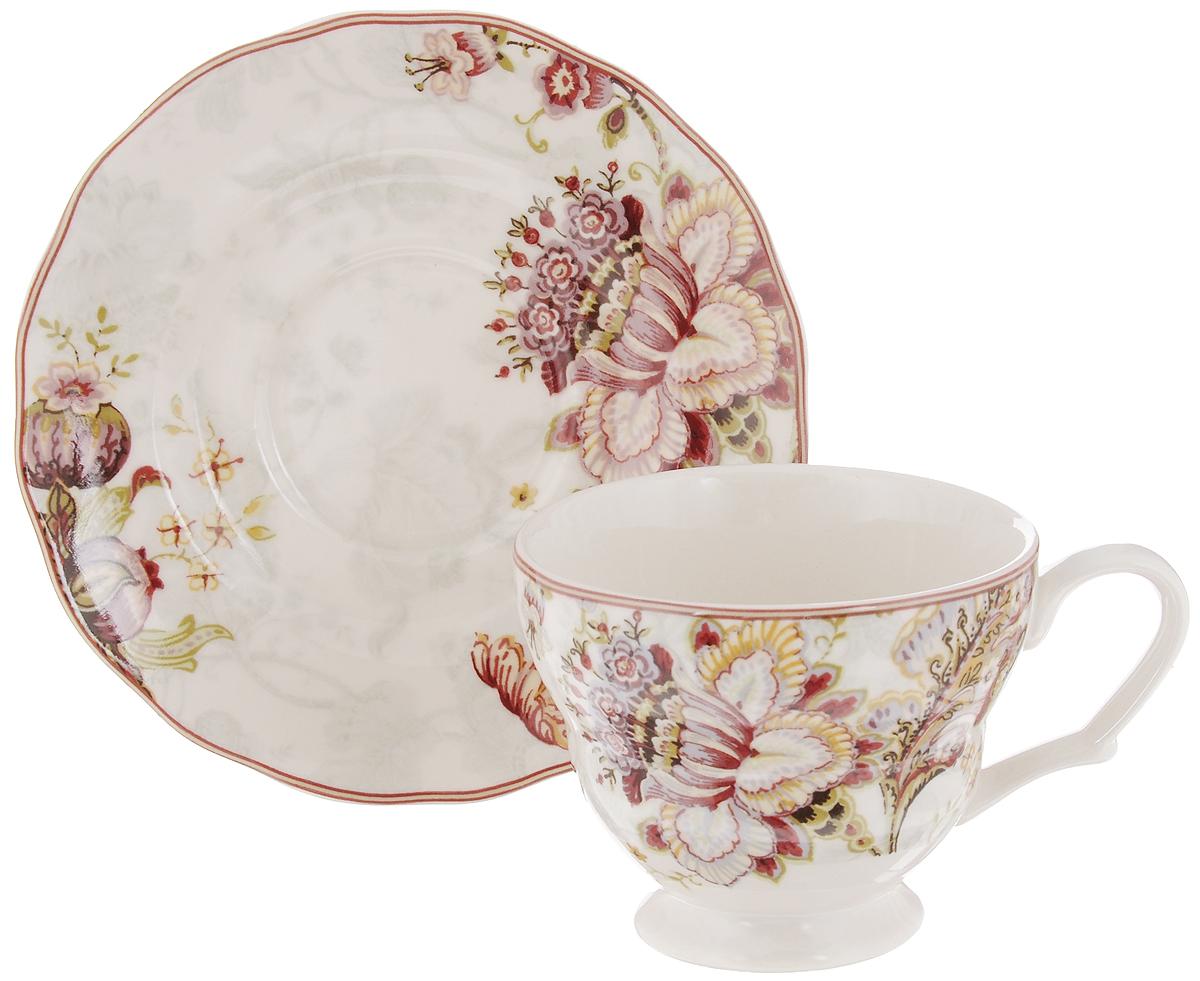 Чашка с блюдцем Utana Габриэлла, 200 млUTGB97301/2Чайная пара Utana Габриэлла состоит из чашки и блюдца, изготовленных из высококачественной керамики. Внешние стенки декорированы изящным цветочным рисунком. Такой набор станет незаменимым аксессуаром для чаепития и порадует вас оригинальным дизайном и практичностью. Многоступенчатый высокотемпературный обжиг, двухстороннее глазурование и использование подглазурных деколей обеспечивает прочность черепка керамической посуды, превращая его практически в камень, при этом защищая поверхность от царапин, а рисунок от истирания. Теплые краски глазури, плавные линии росписи, удобство, долговечность и безопасность и многовековая самобытность национального и культурного наследия индонезийских мастеров - вот то, что является отличительными признаками керамической посуды Utana. Любая коллекция этого производителя создает праздничное настроение и уют в каждом доме. Посуда из керамики, имеющая знак 222 FIFHT, - особая линия посуды, очень популярная в Европе и США, каждый дизайн...