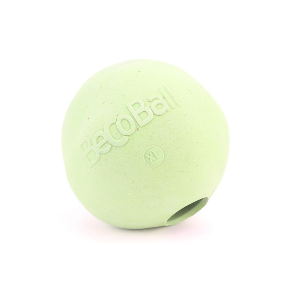 Игрушка для собак BecoThings Мяч, цвет: зеленый, 8,5 см4018_bИгрушка для собак BecoThings Мяч была тщательно разработана. Мяч изготовлен из натурального каучука и волокон рисовой шелухи. Игрушка для собак BecoThings Мяч нетоксична, поэтому, если ваш питомец случайно проглотит кусок мяча, то изделие не причинит никакого ущерба. Благодаря неправильной форме шара, мяч прыгает непредсказуемо, тем самым увлекая собаку в игру. Диаметр игрушки: 8,5 см. Материал: рисовая шелуха, каучук.