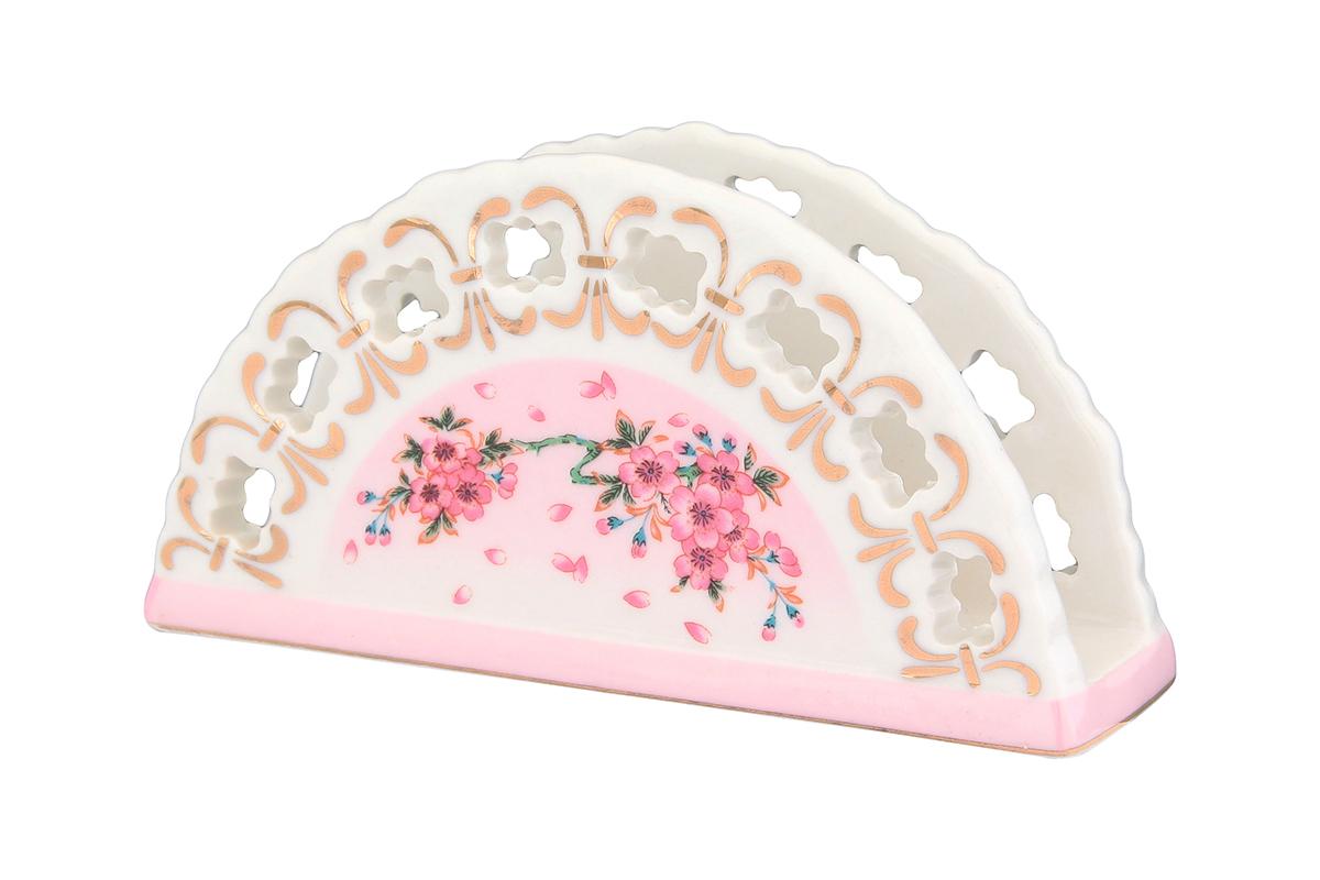 Салфетница Elan Gallery Сакура, 13,5 х 4,5 х 7,5 см730521Салфетница Elan Gallery Сакура изготовлена из высококачественной керамики и оформлена оригинальным рисунком. Она сочетает в себе изысканный дизайн с максимальной функциональностью. Компактная и в то же время вместительная салфетница станет не только украшением любого стола, но и отличным подарком.