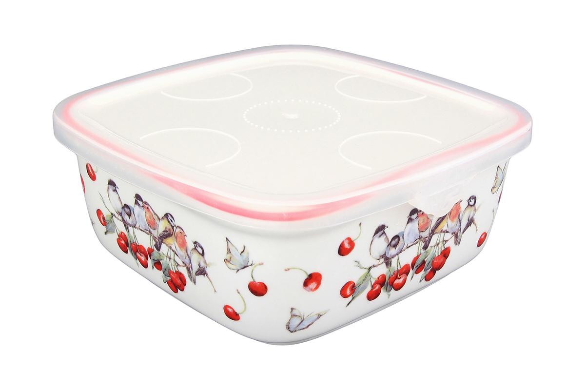 Блюдо для холодца Elan Gallery Вишня, квадратное, с крышкой, 16 х 16 х 6,5 см101285Сервировочное блюдо Elan Gallery Вишня, изготовленное из высококачественной керамики, прекрасно подойдет для заливного или холодца и для хранения слоеных салатов. Пластиковая крышка, входящая в комплект, сохранит свежесть вашего блюда. Такое блюдо украсит сервировку вашего стола и подчеркнет прекрасный вкус хозяйки. Объем блюда: 700 мл.