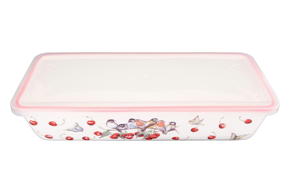 Блюдо для холодца Elan Gallery Вишня, прямоугольное, с крышкой, 28 х 13 х 6,5 см101287Сервировочное блюдо Elan Gallery Вишня, изготовленное из высококачественной керамики, прекрасно подойдет для заливного или холодца и для хранения слоеных салатов. Пластиковая крышка, входящая в комплект, сохранит свежесть вашего блюда. Такое блюдо украсит сервировку вашего стола и подчеркнет прекрасный вкус хозяйки. Объем блюда: 1 л.