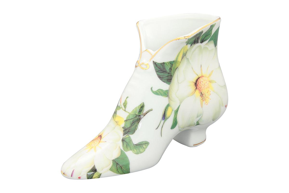 Салфетница-туфелька Elan Gallery Белый шиповник, 15 х 6,5 х 11 см740131Салфетница - это важная деталь праздничной сервировки. Для хозяек, находящих радость в мелочах, так украшающих интерьер. Размер 13,5х4,5х7,5 см.