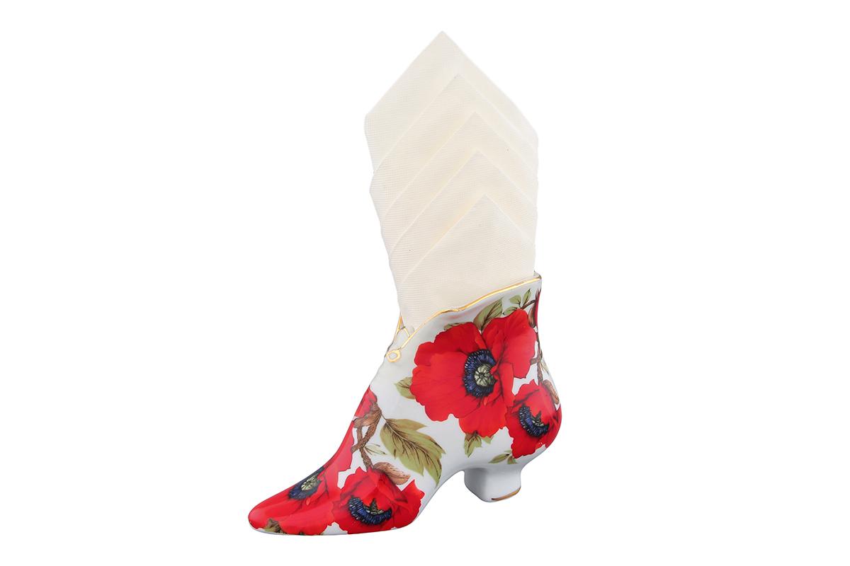 Салфетница-туфелька Elan Gallery Маки, 15 х 6,5 х 11 см740132Салфетница - это важная деталь праздничной сервировки. Для хозяек, находящих радость в мелочах, так украшающих интерьер. Размер 13,5х4,5х7,5 см.