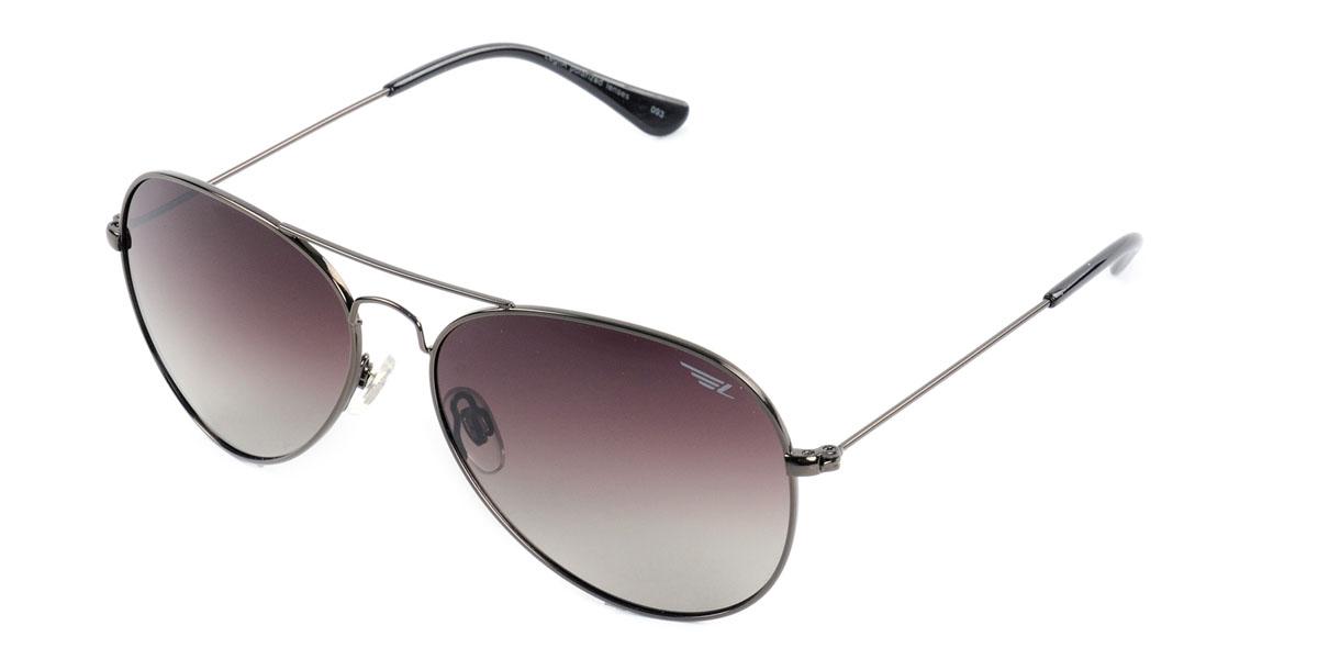 Очки поляризационные Legna, цвет: коричневый. S4401BS4401BСтильные солнцезащитные очки Legna сделают приятной прогулку в жаркий солнечный полдень. Их также по достоинству оценят водители, так как эта модель очков оснащена уникальными поляризационными линзами, которые задерживают раздражающие блики, что гарантирует полный зрительный комфорт и, как результат, повышенную безопасность. Высокоэффективный встроенный УФ фильтр обеспечивает совершенную защиту от вредных ультрафиолетовых лучей Кроме того, это эффектный аксессуар, который наверняка станет «изюминкой» вашего индивидуального стиля. Оправа не только красивая, но и прочная, а линзы со временем не покроются мелкими царапинами. Чистка и обслуживание: Вымыть теплой водой, вытереть мягкой сухой салфеткой. Условия хранения: в футляре при нормальных климатических условиях. Предупреждение: Не использовать в солярии, не смотреть на прямые солнечные лучи, не использовать при управлении автомобилем в сумерках и ночью.