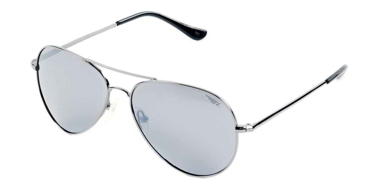 Очки поляризационные Legna, цвет: серый металлик. S4410BS4410BСтильные солнцезащитные очки Legna сделают приятной прогулку в жаркий солнечный полдень. Их также по достоинству оценят водители, так как эта модель очков оснащена уникальными поляризационными линзами, которые задерживают раздражающие блики, что гарантирует полный зрительный комфорт и, как результат, повышенную безопасность. Высокоэффективный встроенный УФ фильтр обеспечивает совершенную защиту от вредных ультрафиолетовых лучей Кроме того, это эффектный аксессуар, который наверняка станет «изюминкой» вашего индивидуального стиля. Оправа не только красивая, но и прочная, а линзы со временем не покроются мелкими царапинами. Чистка и обслуживание: Вымыть теплой водой, вытереть мягкой сухой салфеткой. Условия хранения: в футляре при нормальных климатических условиях. Предупреждение: Не использовать в солярии, не смотреть на прямые солнечные лучи, не использовать при управлении автомобилем в сумерках и ночью.