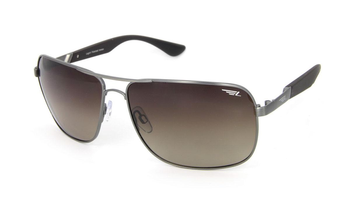 Очки поляризационные Legna, цвет: коричневый. S4504BS4504BСтильные солнцезащитные очки Legna сделают приятной прогулку в жаркий солнечный полдень. Их также по достоинству оценят водители, так как эта модель очков оснащена уникальными поляризационными линзами, которые задерживают раздражающие блики, что гарантирует полный зрительный комфорт и, как результат, повышенную безопасность. Высокоэффективный встроенный УФ фильтр обеспечивает совершенную защиту от вредных ультрафиолетовых лучей Кроме того, это эффектный аксессуар, который наверняка станет «изюминкой» вашего индивидуального стиля. Оправа не только красивая, но и прочная, а линзы со временем не покроются мелкими царапинами. Чистка и обслуживание: Вымыть теплой водой, вытереть мягкой сухой салфеткой. Условия хранения: в футляре при нормальных климатических условиях. Предупреждение: Не использовать в солярии, не смотреть на прямые солнечные лучи, не использовать при управлении автомобилем в сумерках и ночью.