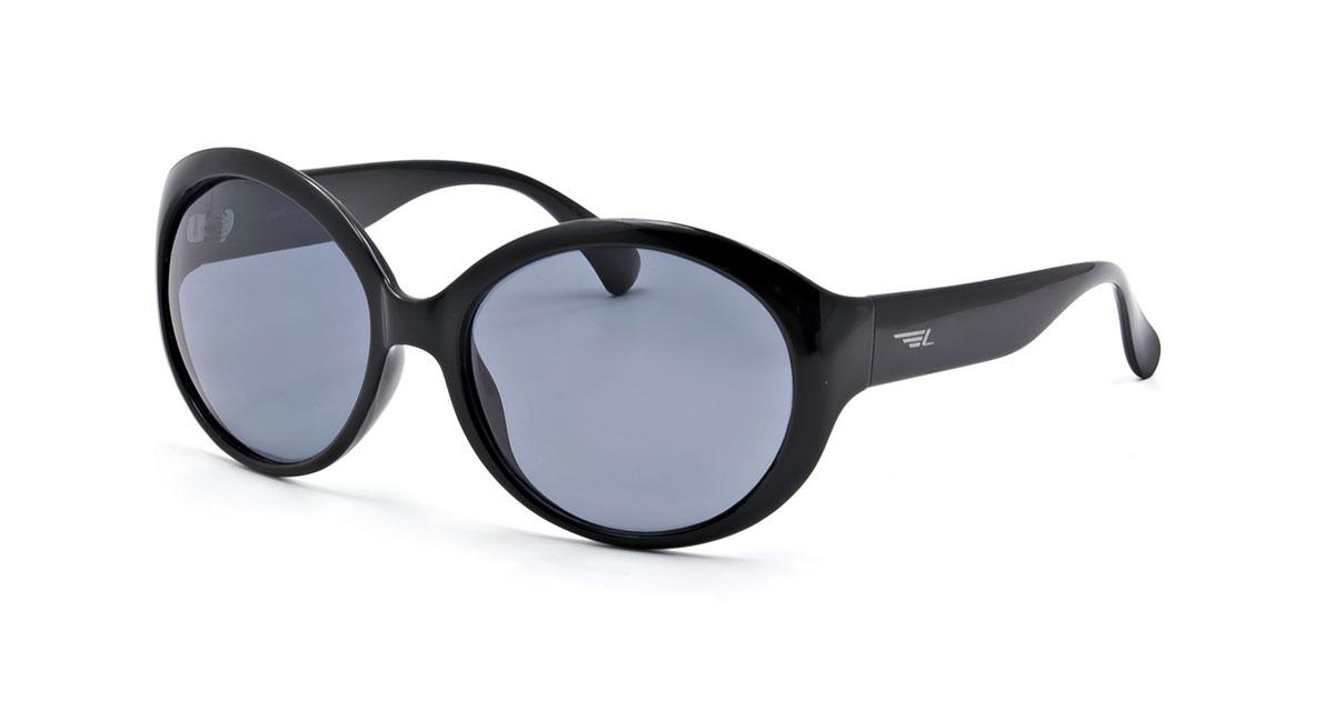 Очки женские поляризационные Legna, цвет: черный. S7215AS7215AСтильные солнцезащитные очки Legna сделают приятной прогулку в жаркий солнечный полдень. Их также по достоинству оценят водители, так как эта модель очков оснащена уникальными поляризационными линзами, которые задерживают раздражающие блики, что гарантирует полный зрительный комфорт и, как результат, повышенную безопасность. Высокоэффективный встроенный УФ фильтр обеспечивает совершенную защиту от вредных ультрафиолетовых лучей Кроме того, это эффектный аксессуар, который наверняка станет «изюминкой» вашего индивидуального стиля. Оправа не только красивая, но и прочная, а линзы со временем не покроются мелкими царапинами. Чистка и обслуживание: Вымыть теплой водой, вытереть мягкой сухой салфеткой. Условия хранения: в футляре при нормальных климатических условиях. Предупреждение: Не использовать в солярии, не смотреть на прямые солнечные лучи, не использовать при управлении автомобилем в сумерках и ночью.